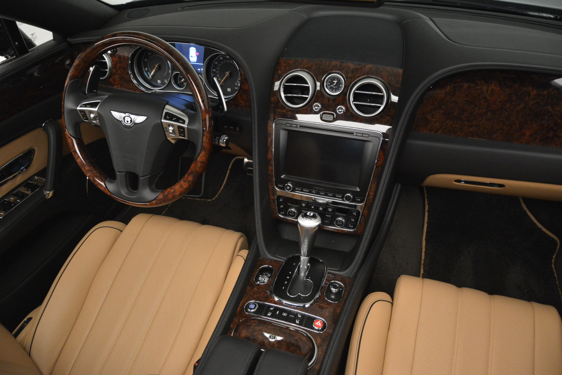 Used 2016 Bentley Flying Spur V8 For Sale In Westport, CT 3210_p30