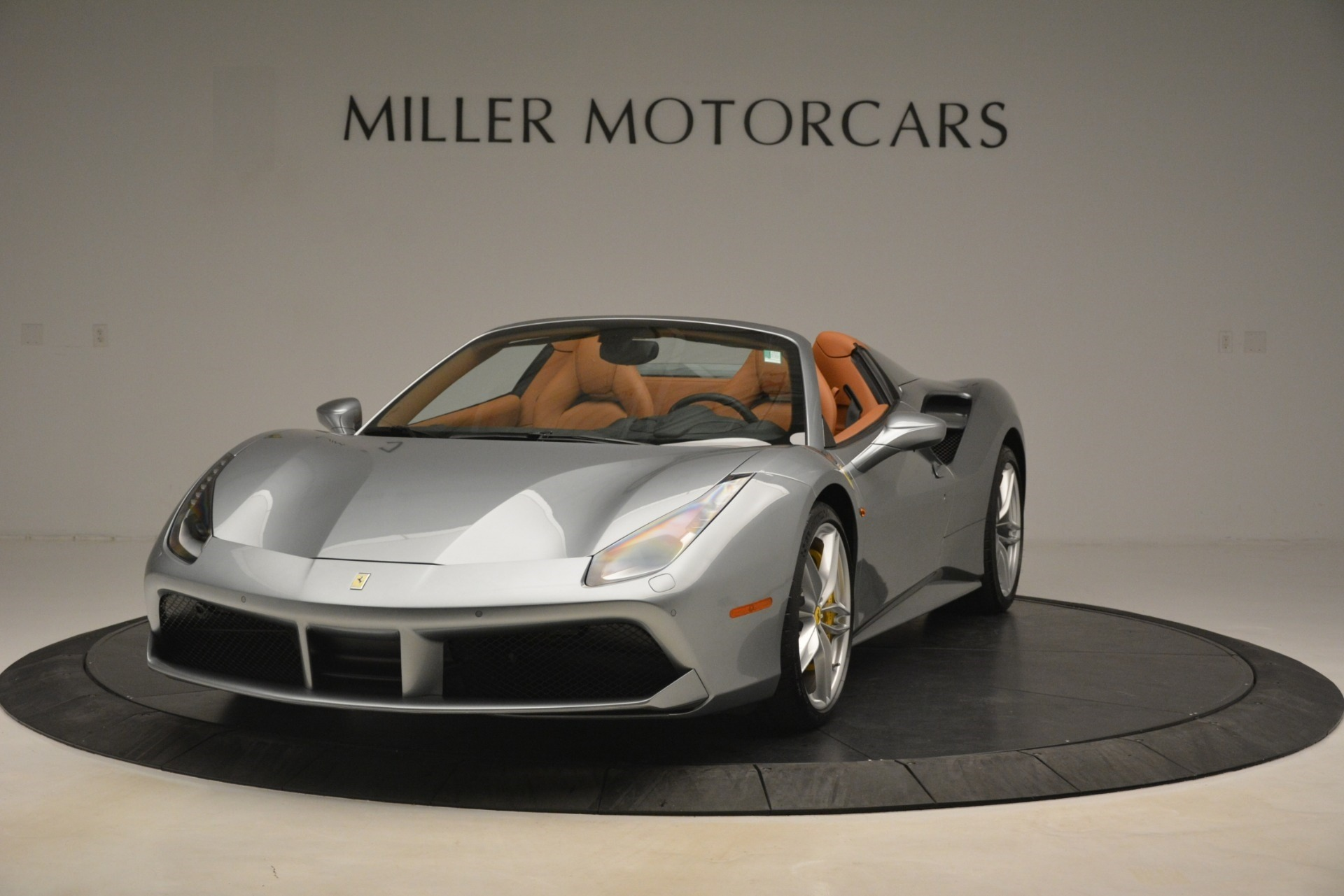 Used 2019 Ferrari 488 Spider  For Sale In Westport, CT 3216_main