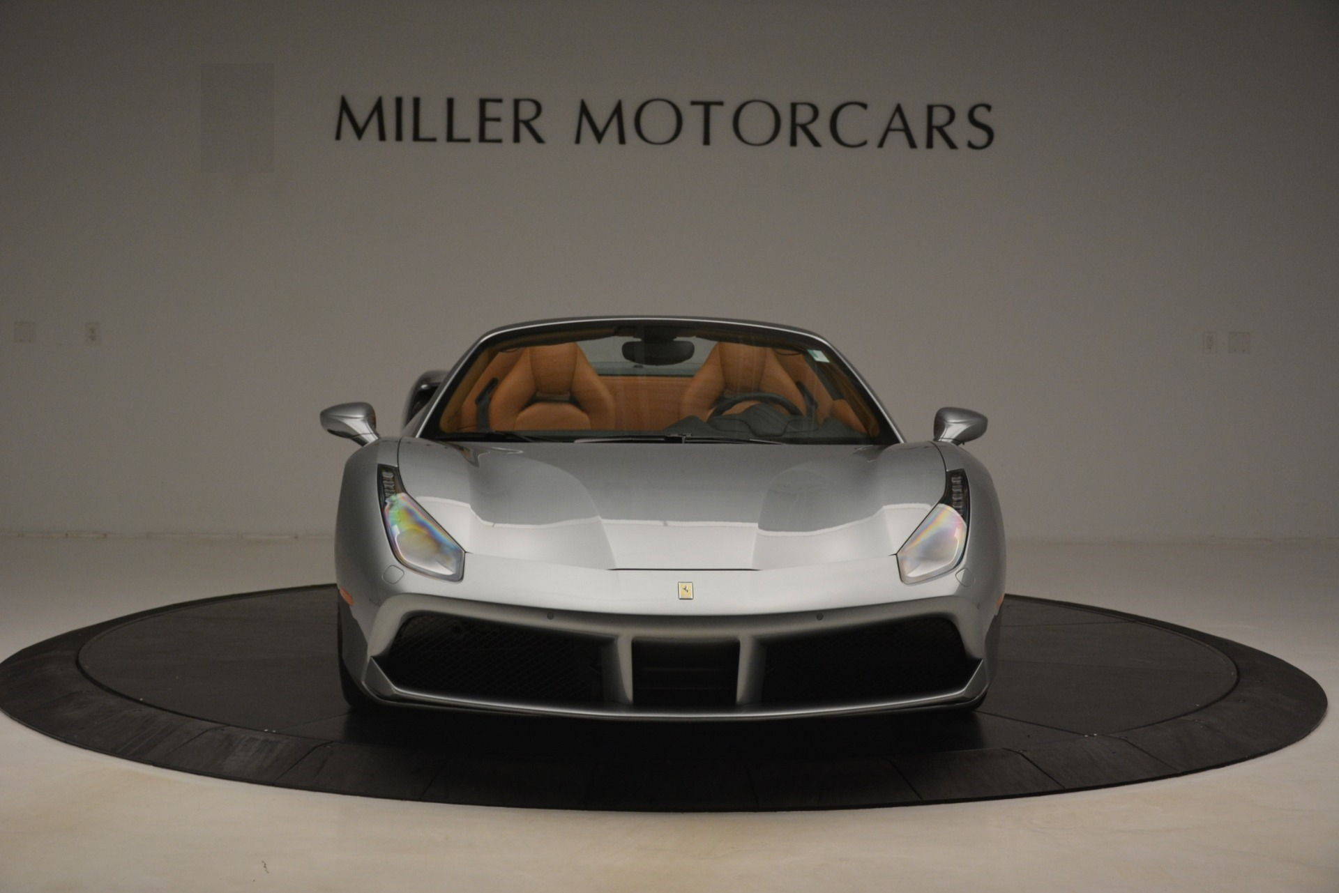 Used 2019 Ferrari 488 Spider  For Sale In Westport, CT 3216_p12