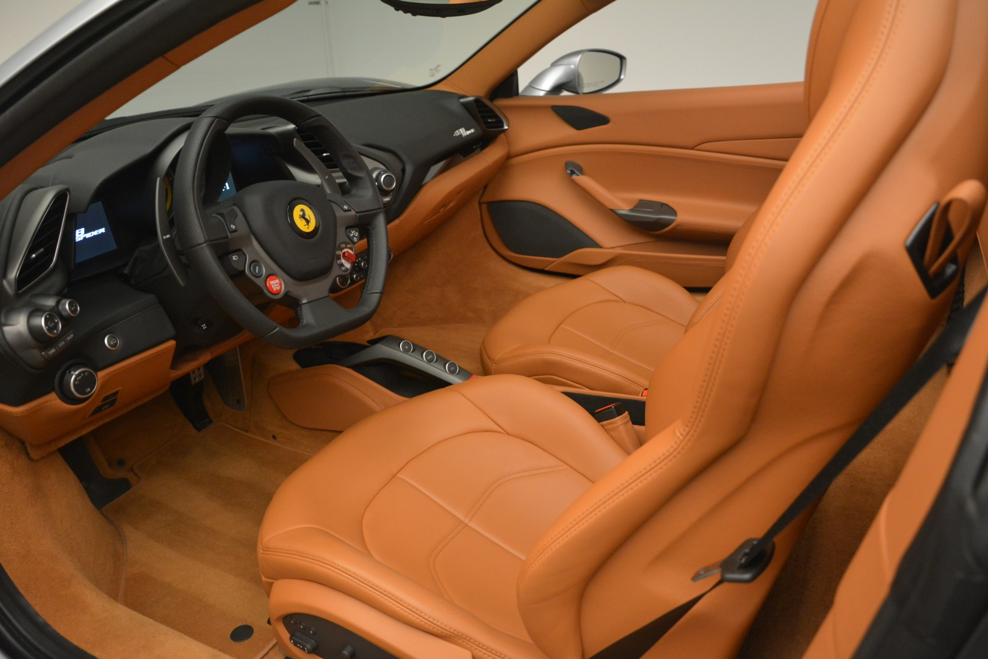 Used 2019 Ferrari 488 Spider  For Sale In Westport, CT 3216_p19