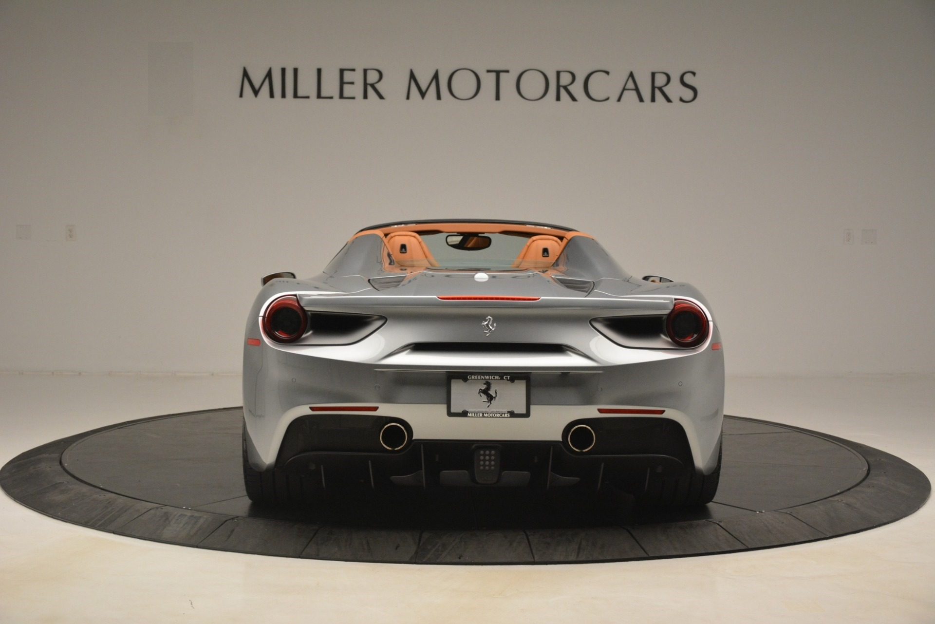 Used 2019 Ferrari 488 Spider  For Sale In Westport, CT 3216_p6
