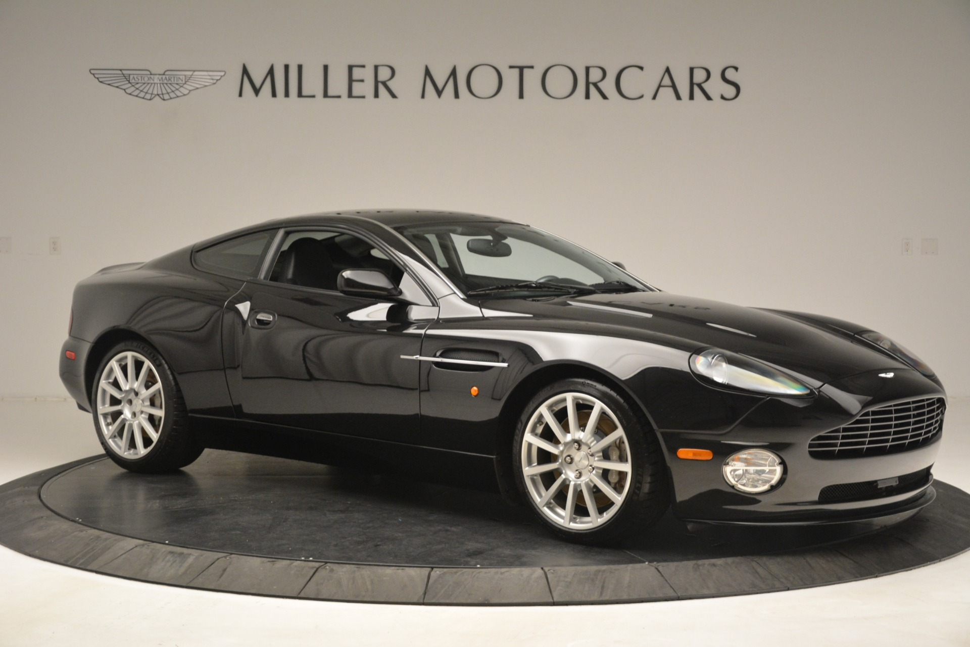 Used 2005 Aston Martin V12 Vanquish S Coupe For Sale In Westport, CT 3218_p10