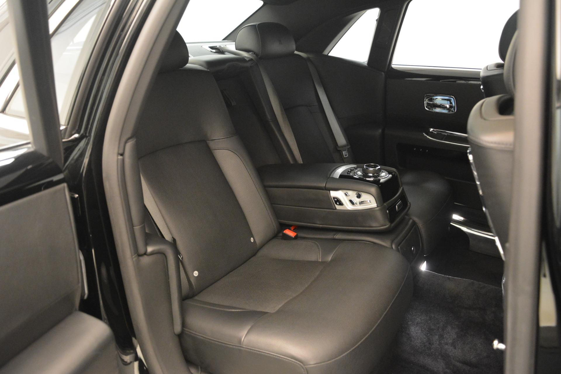 Used 2014 Rolls-Royce Ghost  For Sale In Westport, CT 3220_p22