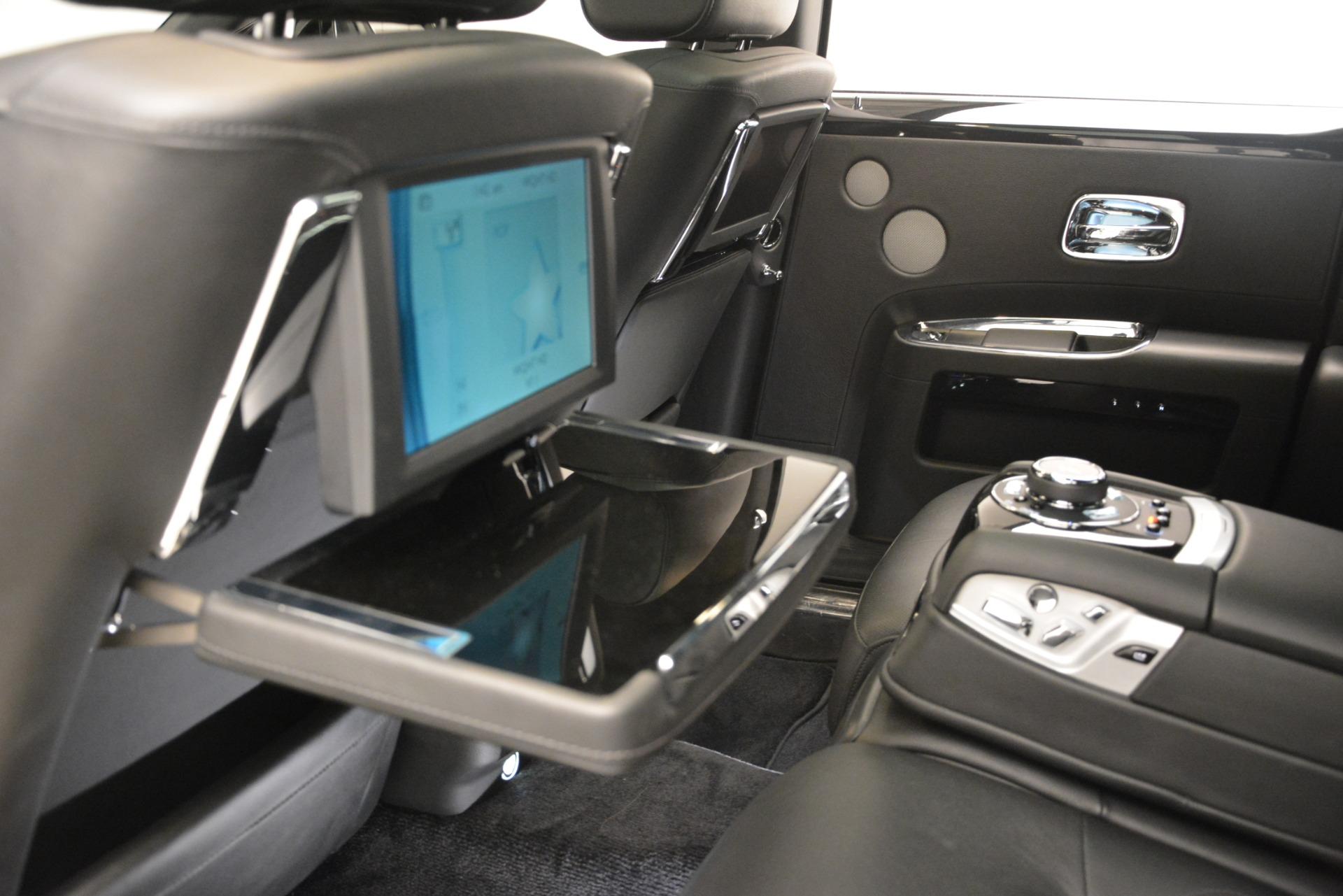 Used 2014 Rolls-Royce Ghost  For Sale In Westport, CT 3220_p24