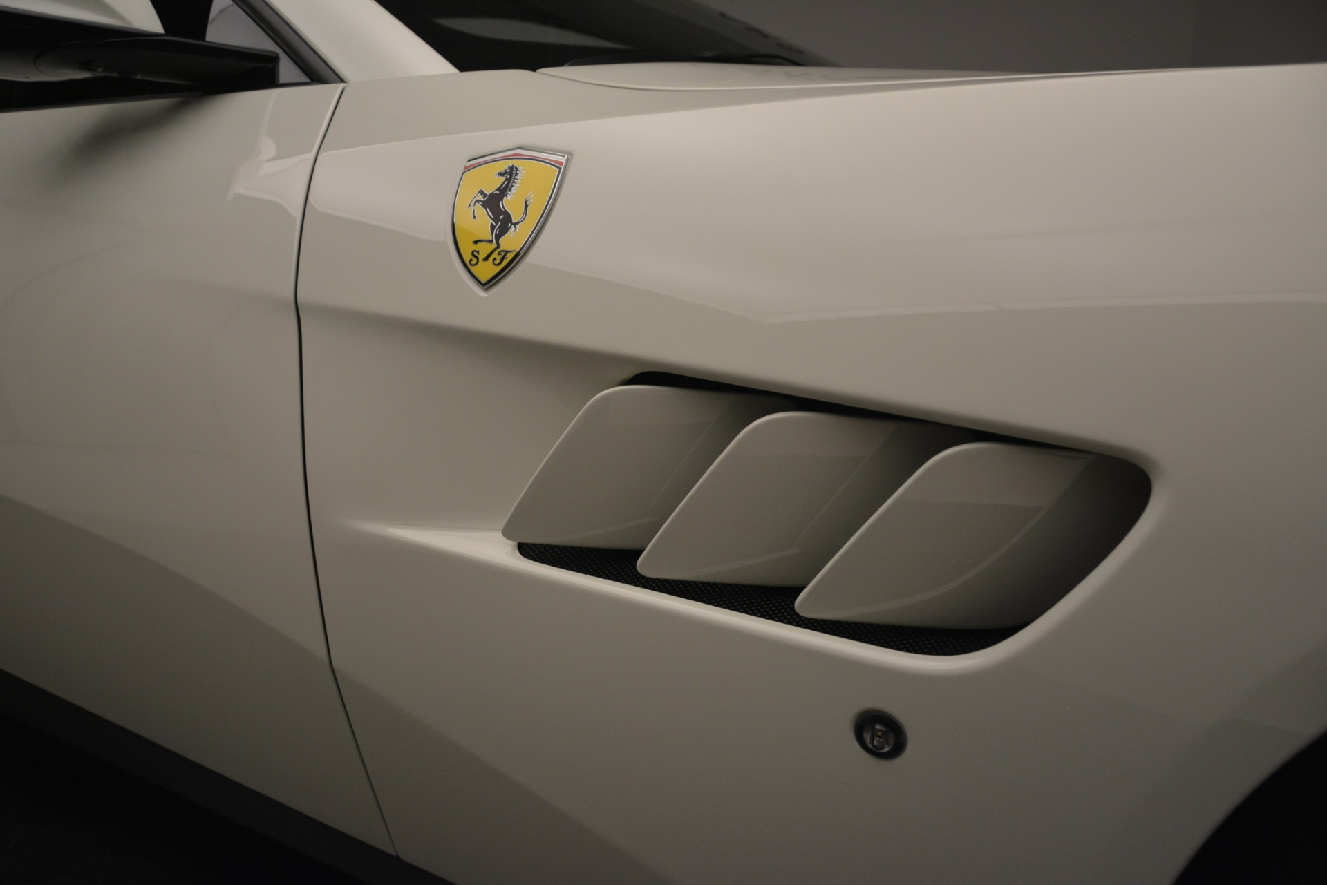 Used 2018 Ferrari GTC4Lusso  For Sale In Westport, CT 3221_p26