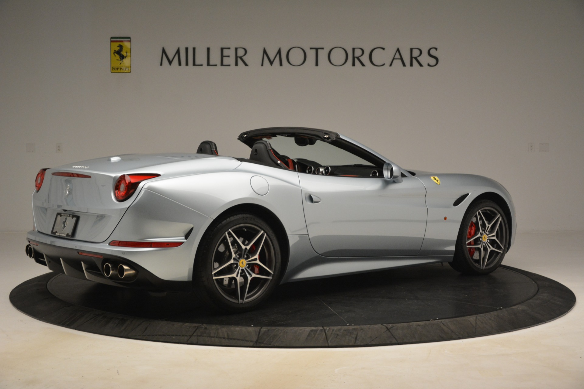 Used 2016 Ferrari California T  For Sale In Westport, CT 3224_p8