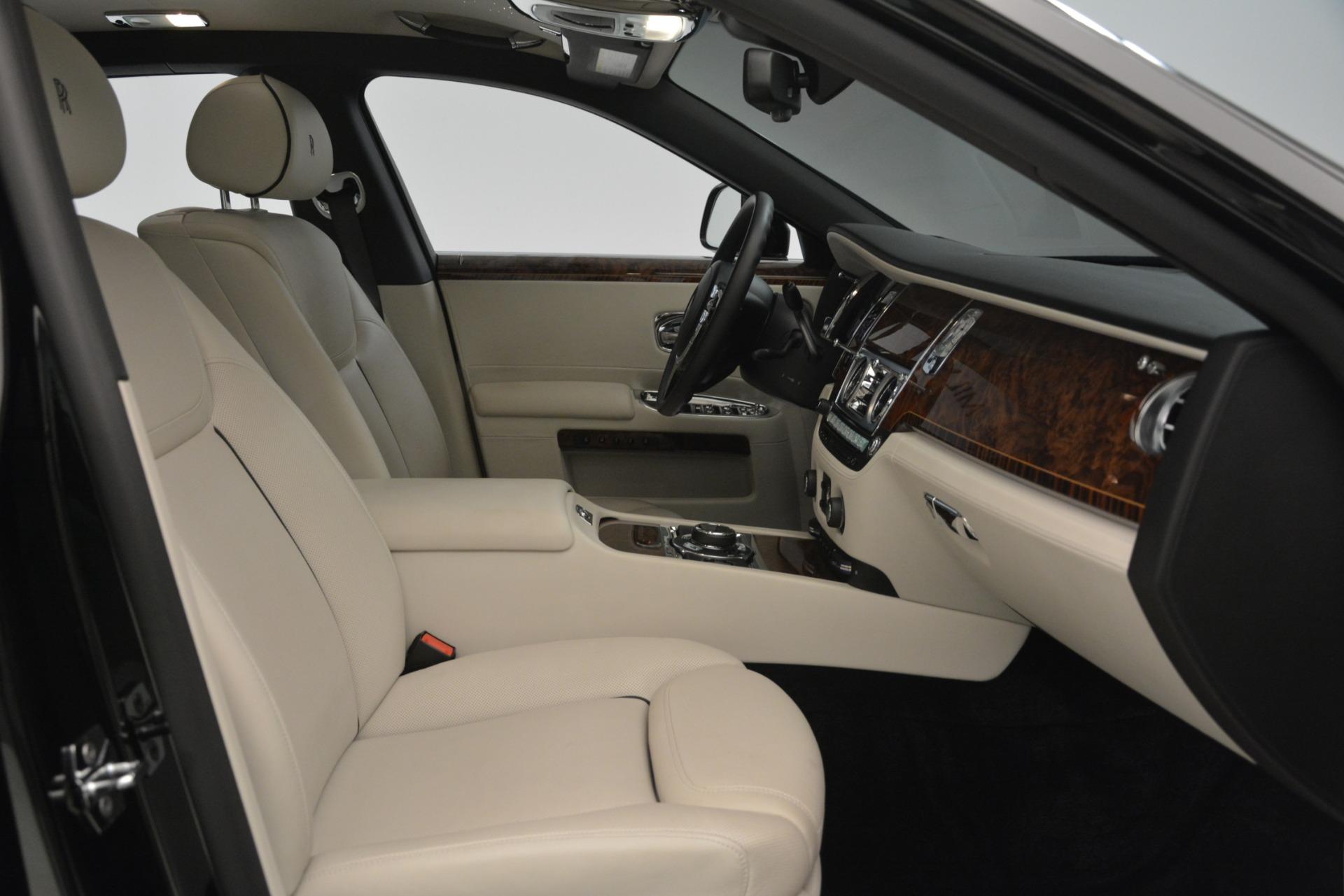 Used 2016 Rolls-Royce Ghost  For Sale In Westport, CT 3225_p18