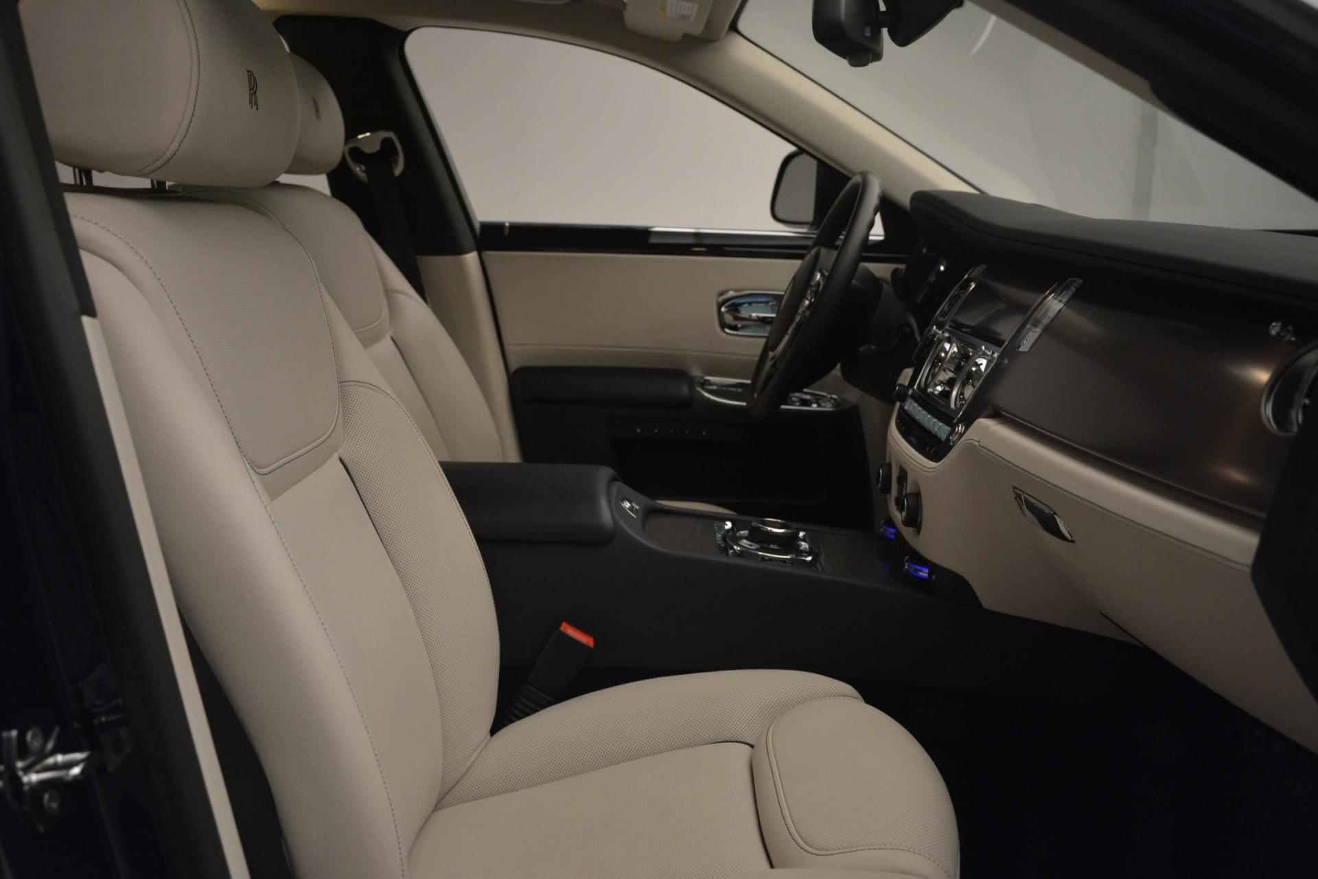 Used 2016 Rolls-Royce Ghost  For Sale In Westport, CT 3226_p13