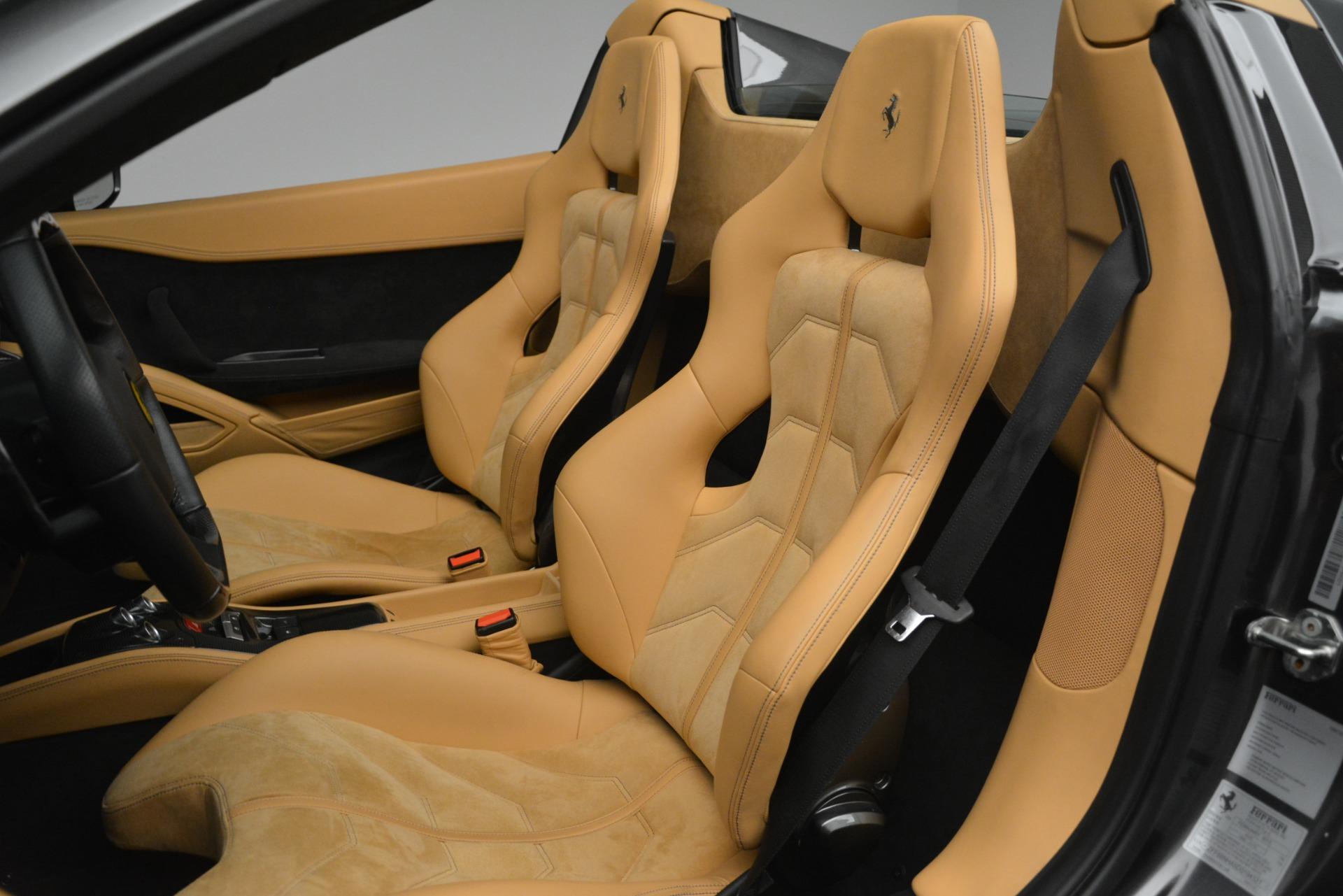 Used 2013 Ferrari 458 Spider  For Sale In Westport, CT 3232_p19