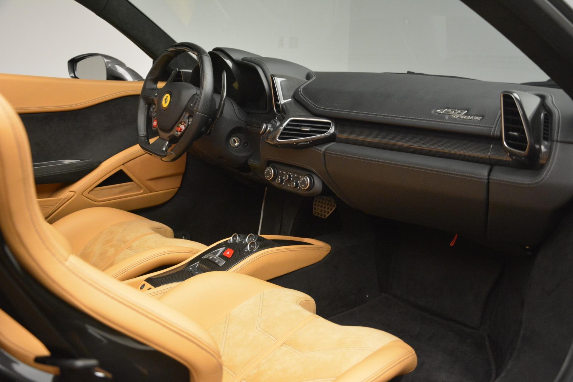 Used 2013 Ferrari 458 Spider  For Sale In Westport, CT 3232_p20