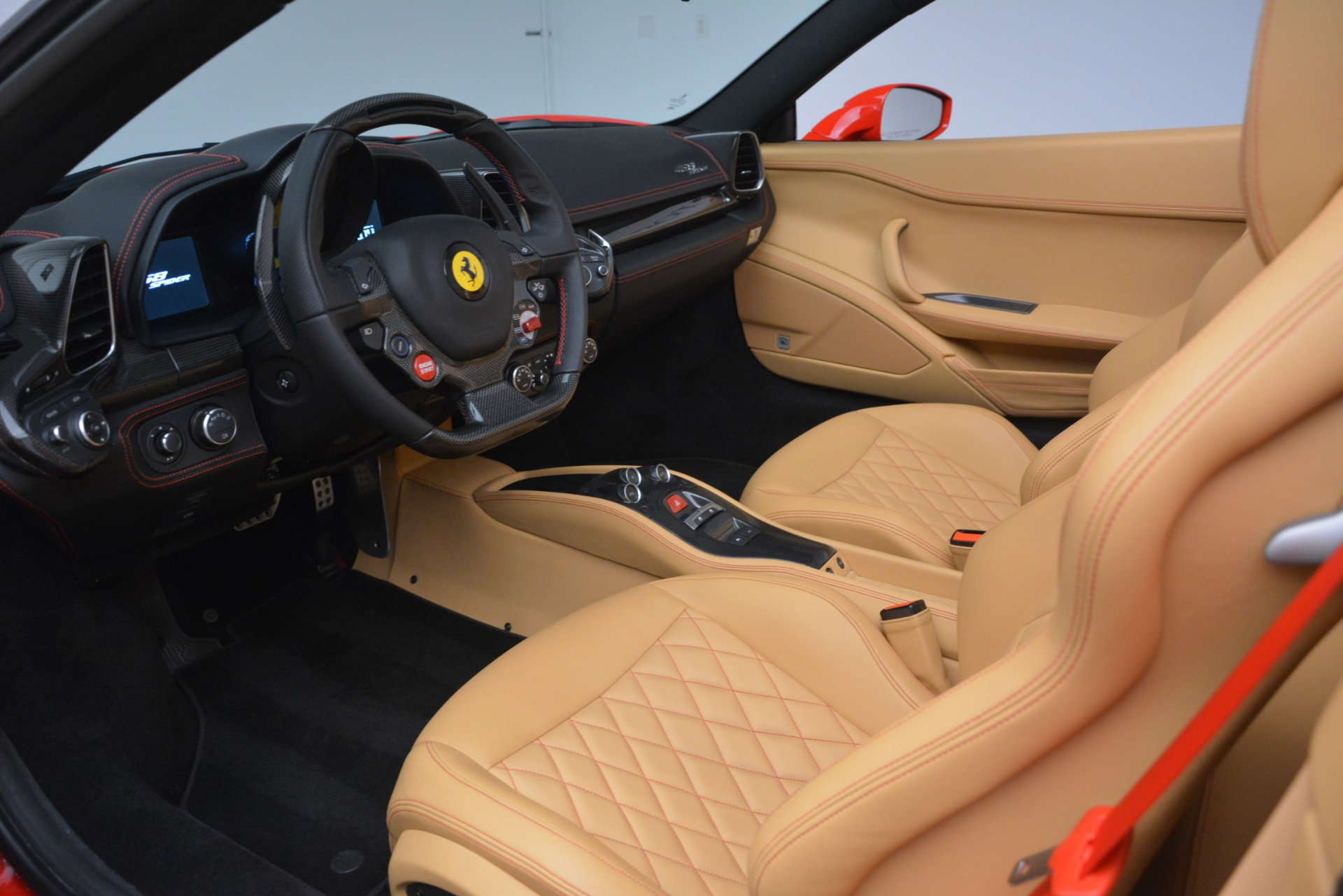 Used 2015 Ferrari 458 Spider  For Sale In Westport, CT 3233_p19