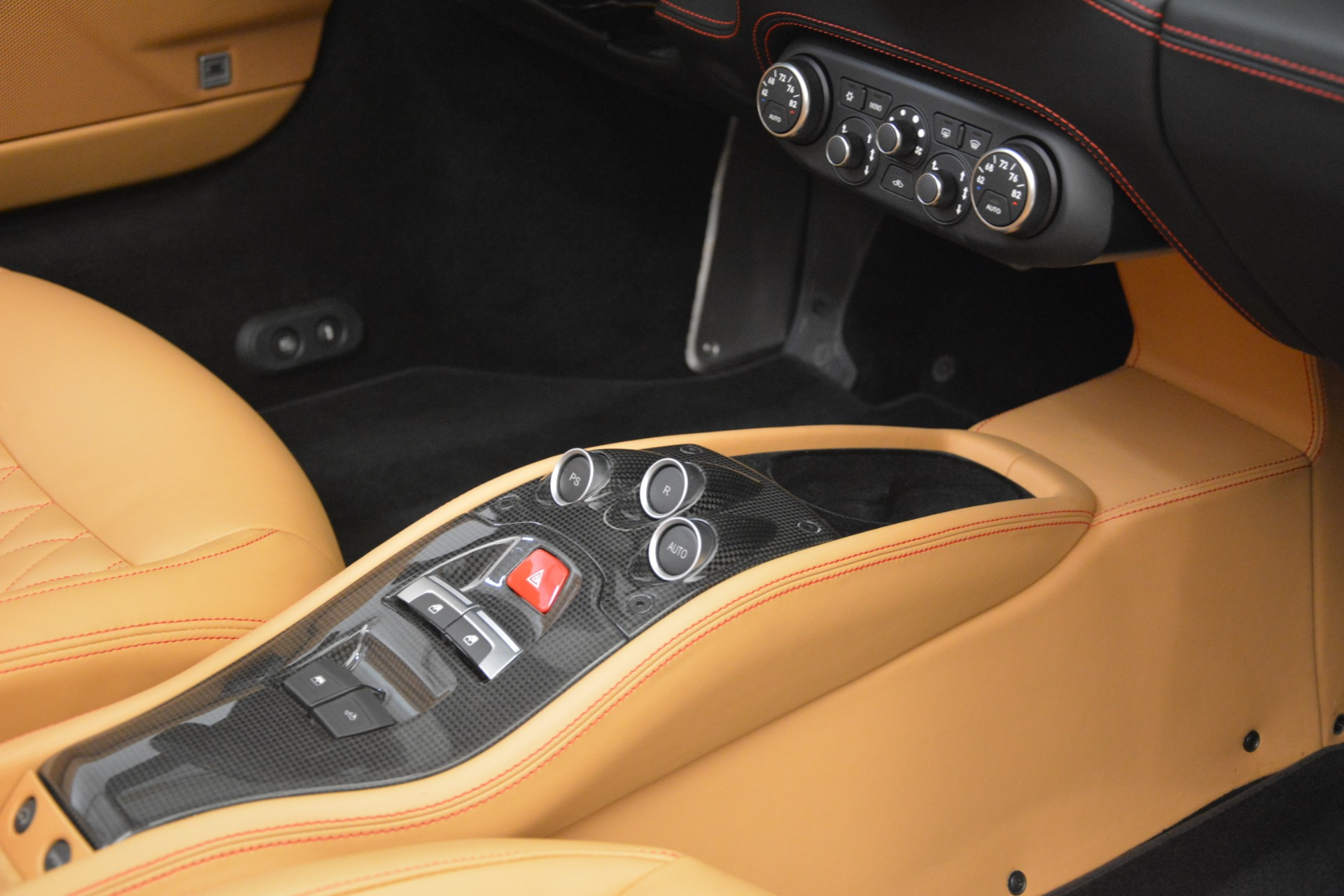 Used 2015 Ferrari 458 Spider  For Sale In Westport, CT 3233_p28