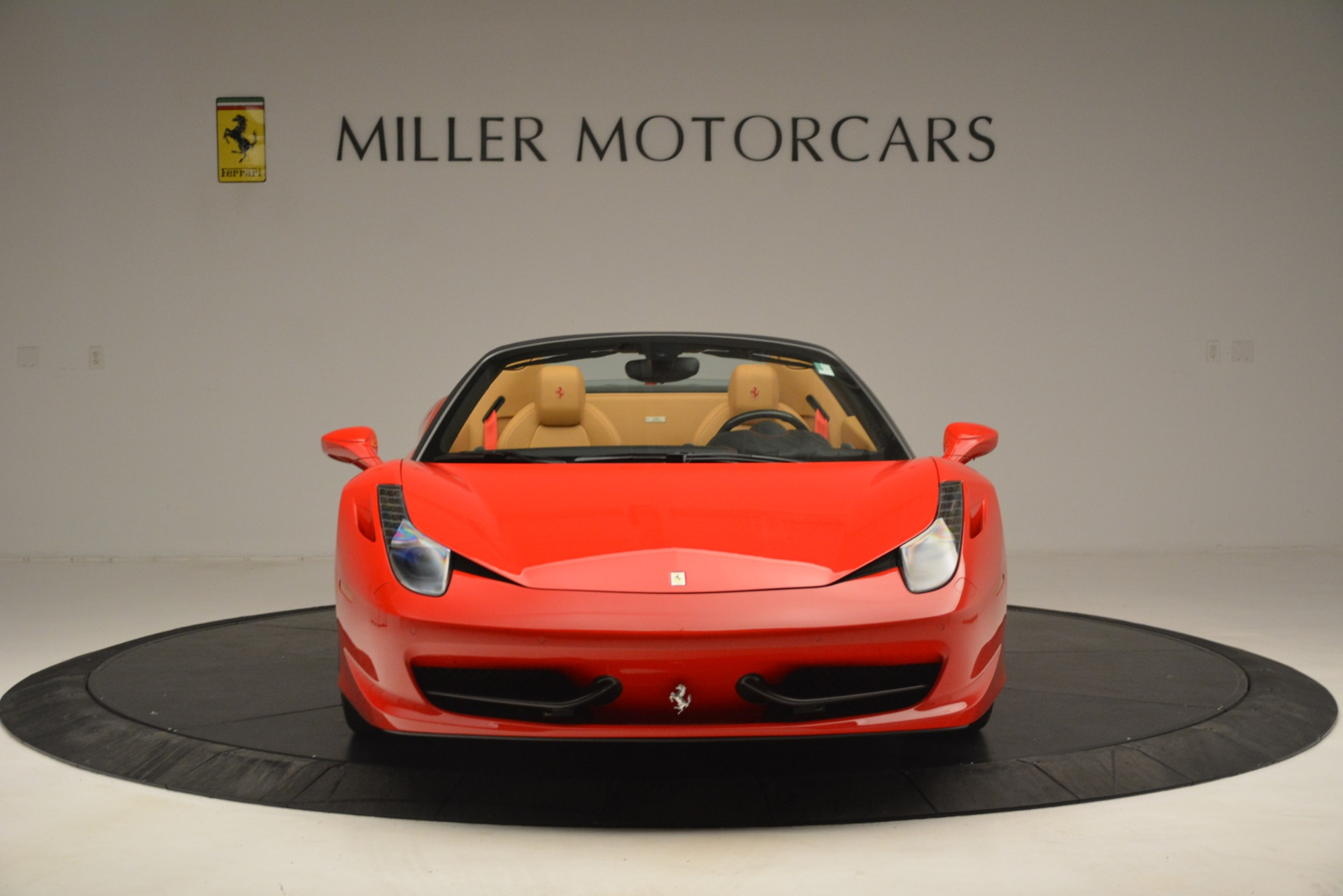 Used 2015 Ferrari 458 Spider  For Sale In Westport, CT 3233_p7