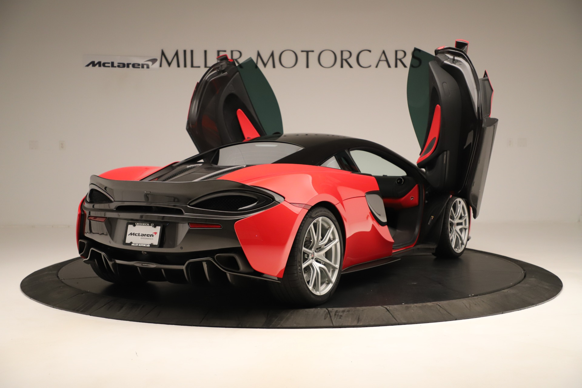 Used 2016 McLaren 570S Coupe For Sale In Westport, CT 3235_p14