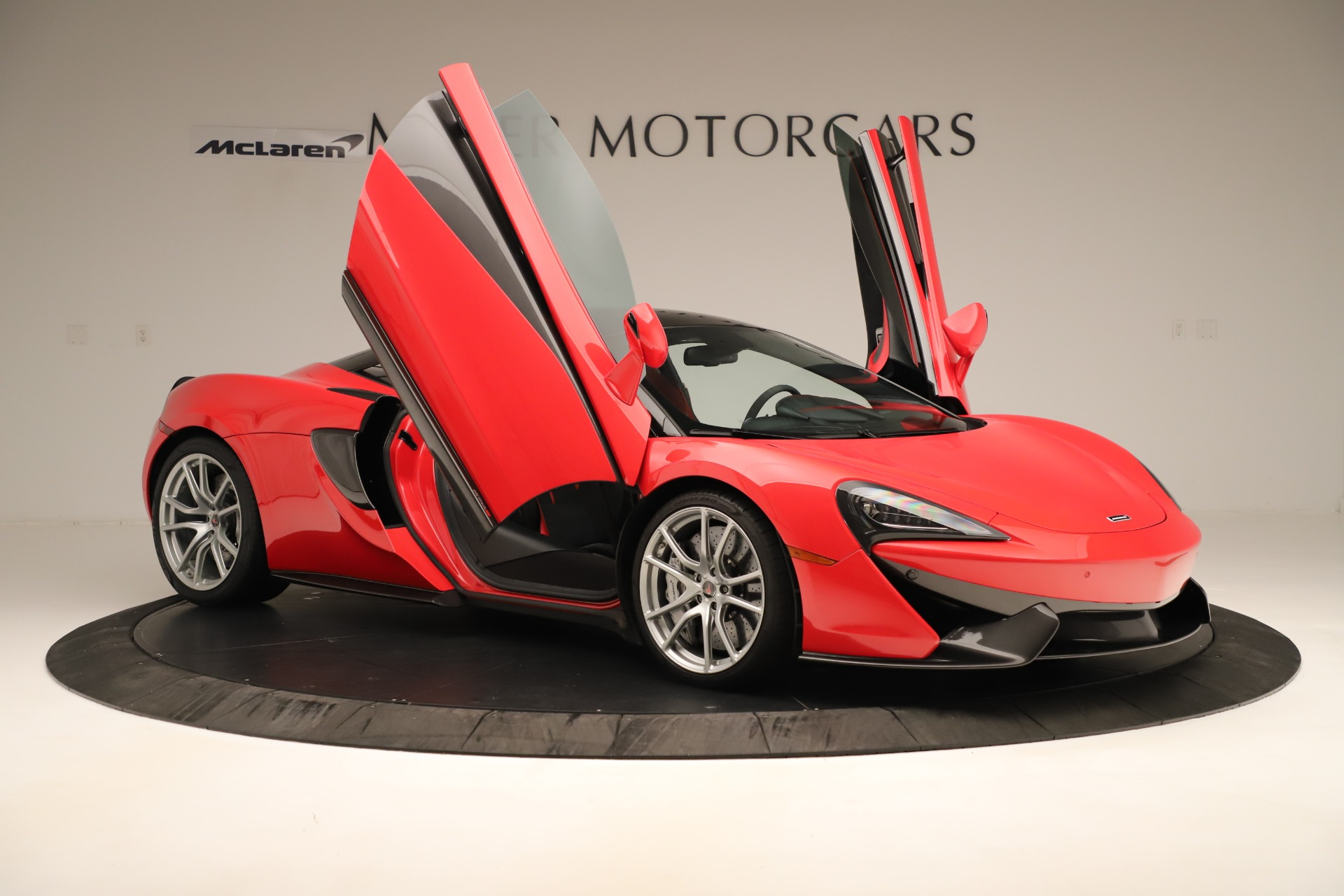 Used 2016 McLaren 570S Coupe For Sale In Westport, CT 3235_p16