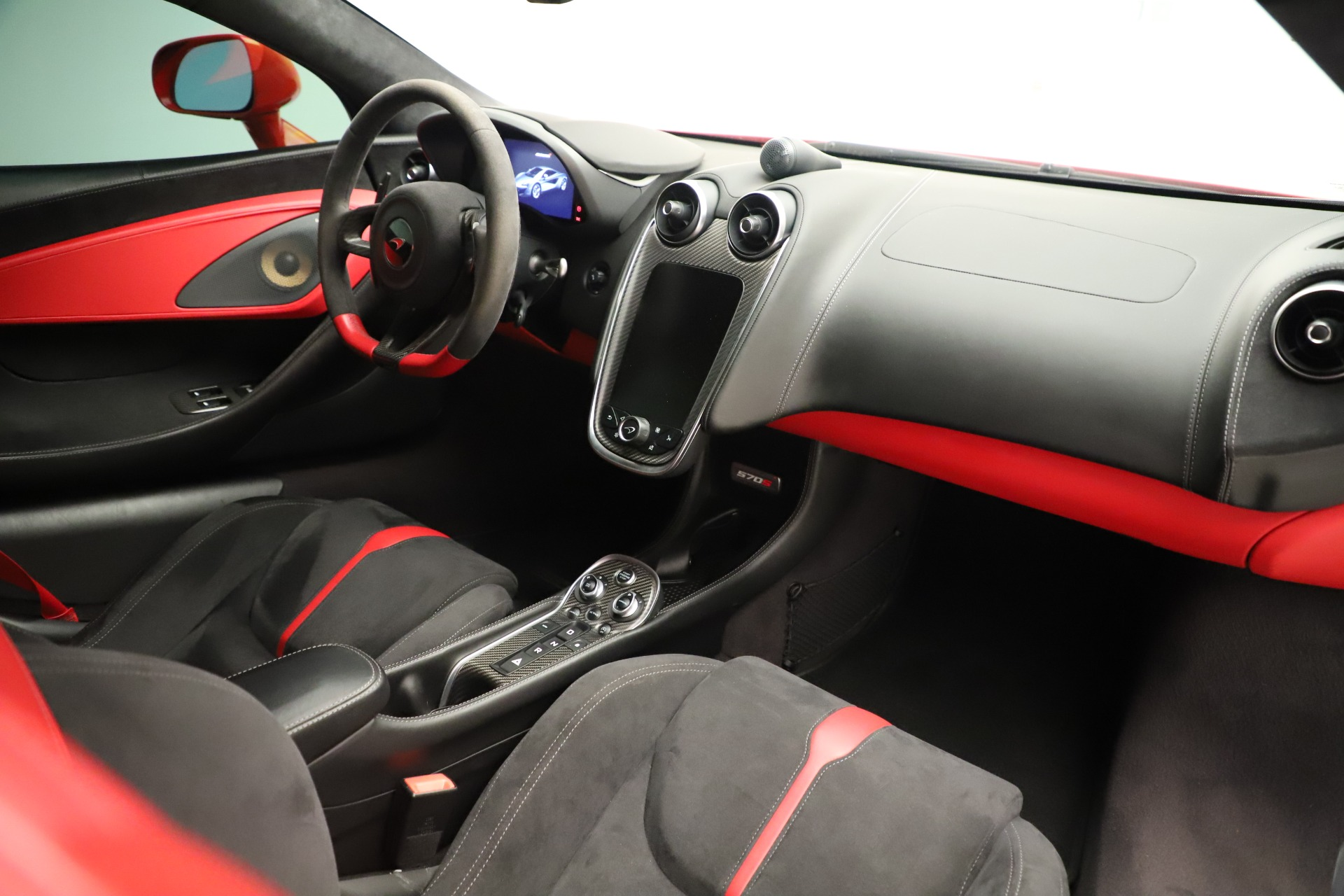 Used 2016 McLaren 570S Coupe For Sale In Westport, CT 3235_p22
