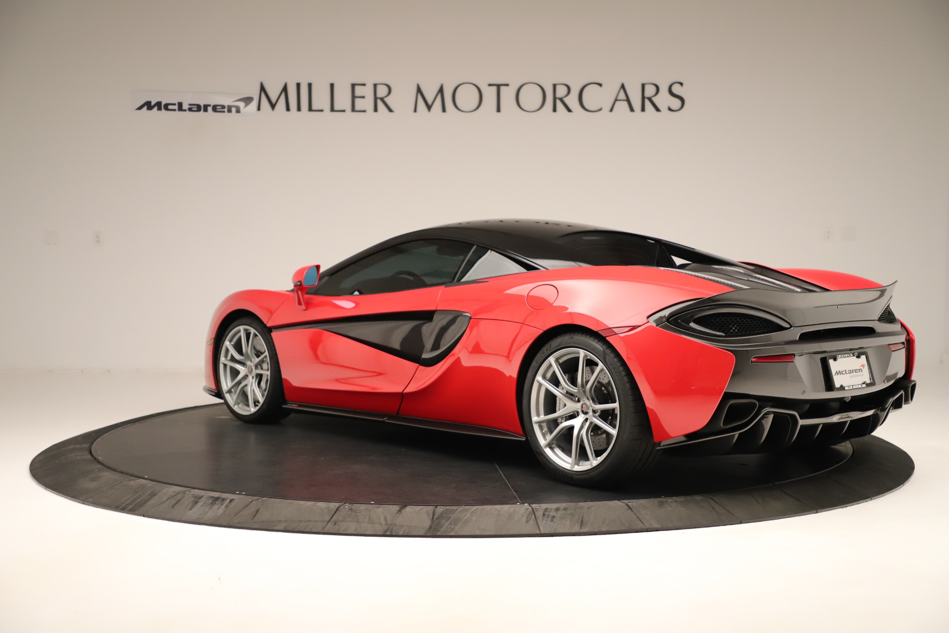 Used 2016 McLaren 570S Coupe For Sale In Westport, CT 3235_p3