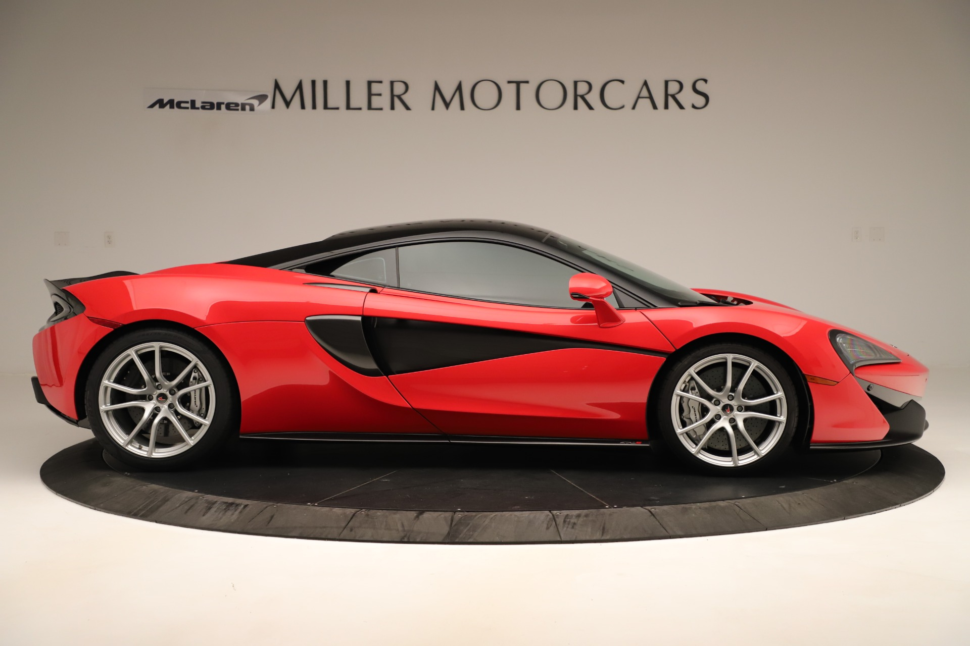 Used 2016 McLaren 570S Coupe For Sale In Westport, CT 3235_p6