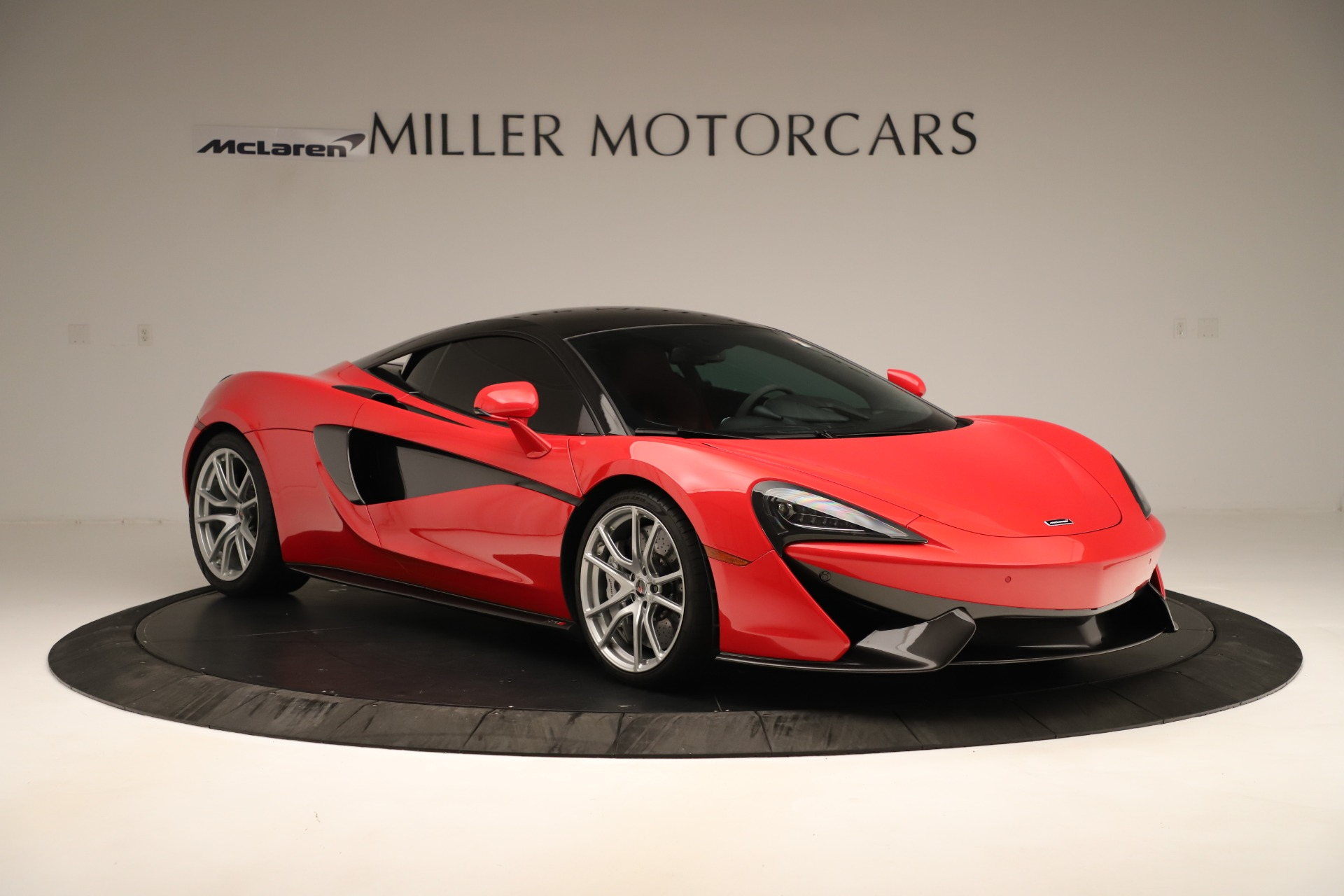 Used 2016 McLaren 570S Coupe For Sale In Westport, CT 3235_p7