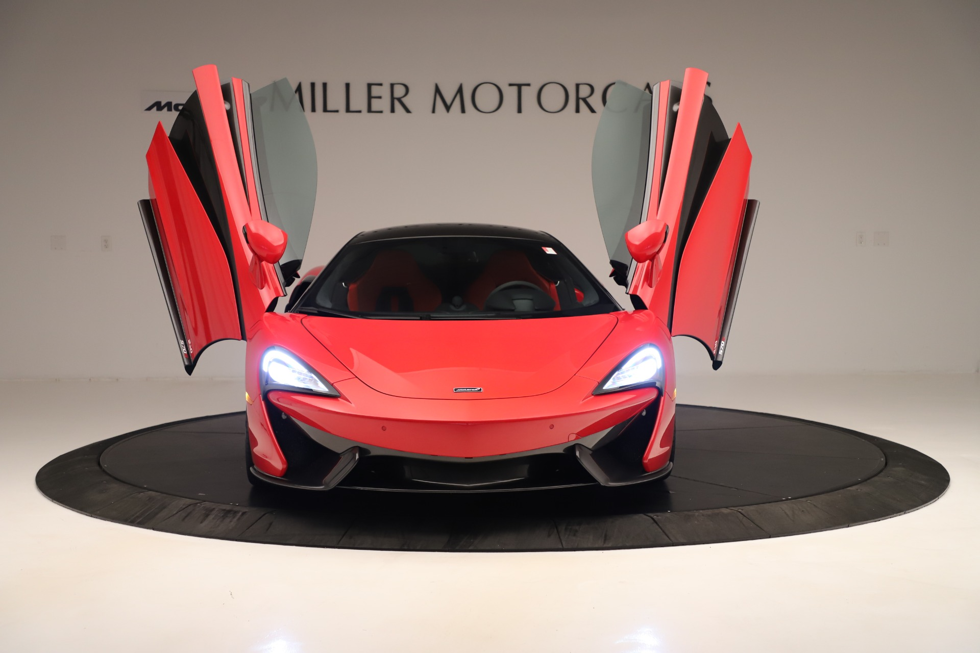 Used 2016 McLaren 570S Coupe For Sale In Westport, CT 3235_p9