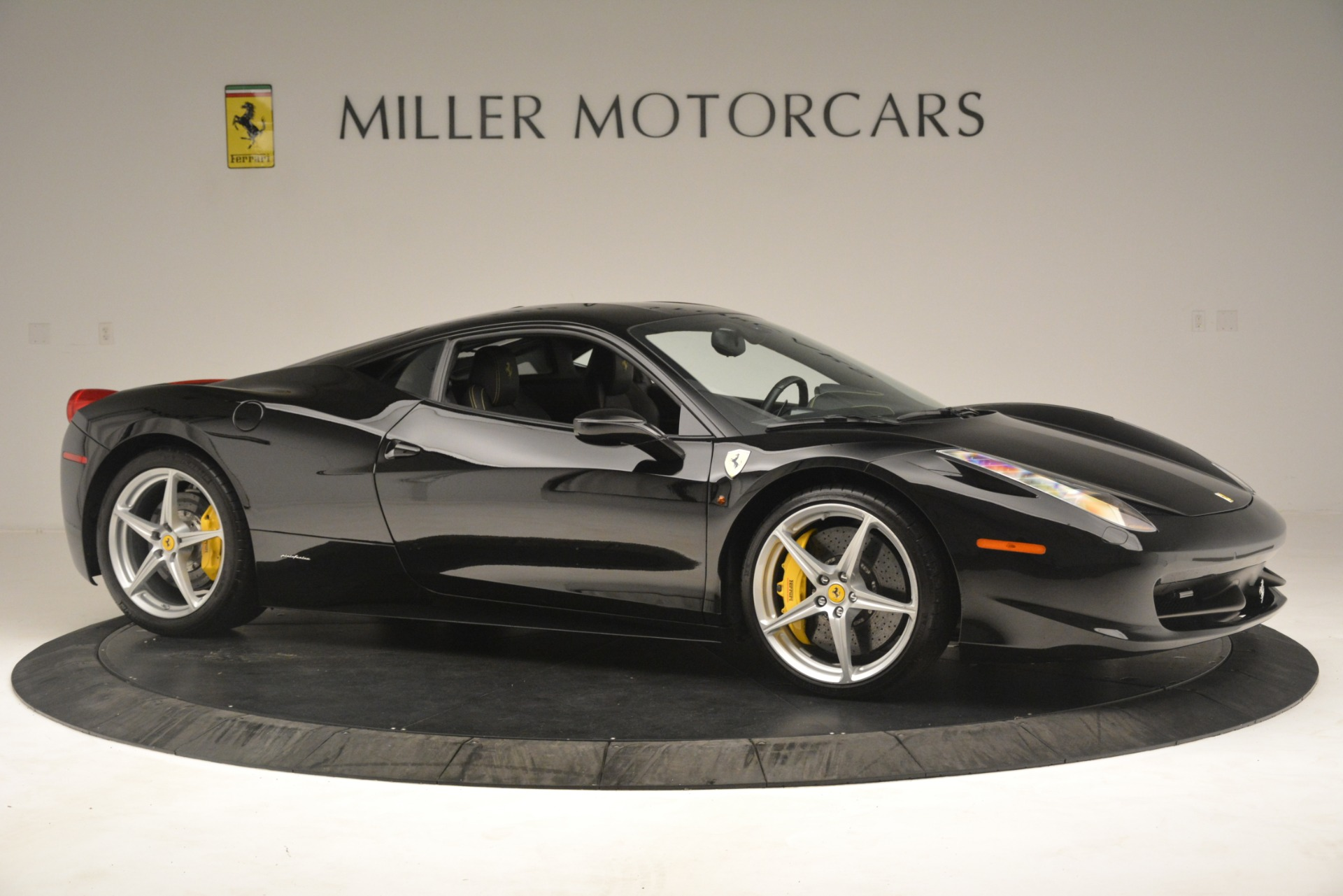 Used 2011 Ferrari 458 Italia  For Sale In Westport, CT 3236_p10