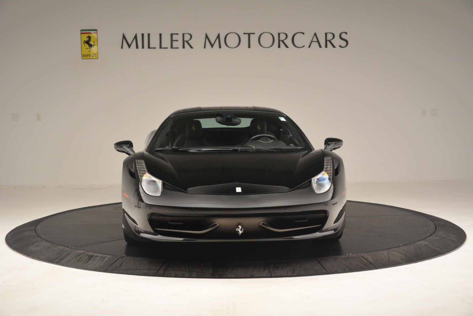 Used 2011 Ferrari 458 Italia  For Sale In Westport, CT 3236_p12