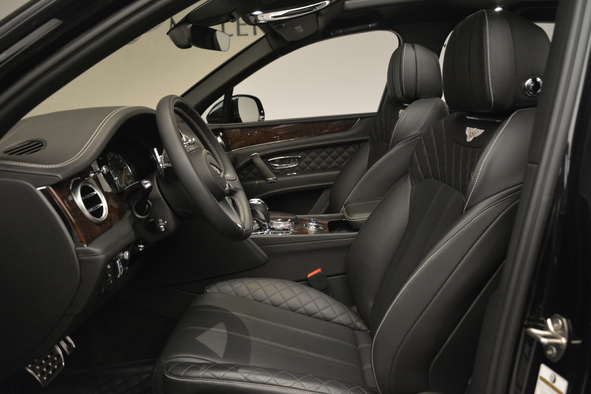 Used 2017 Bentley Bentayga W12 For Sale In Westport, CT 3239_p19