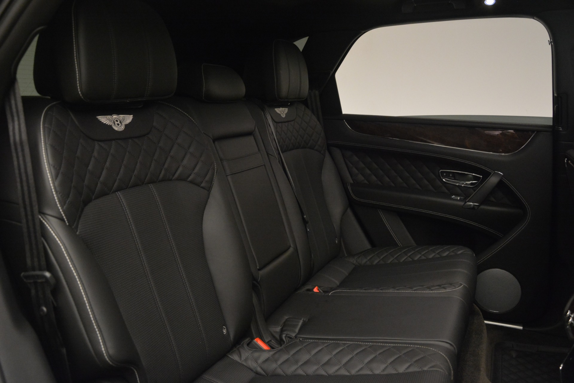 Used 2017 Bentley Bentayga W12 For Sale In Westport, CT 3239_p24