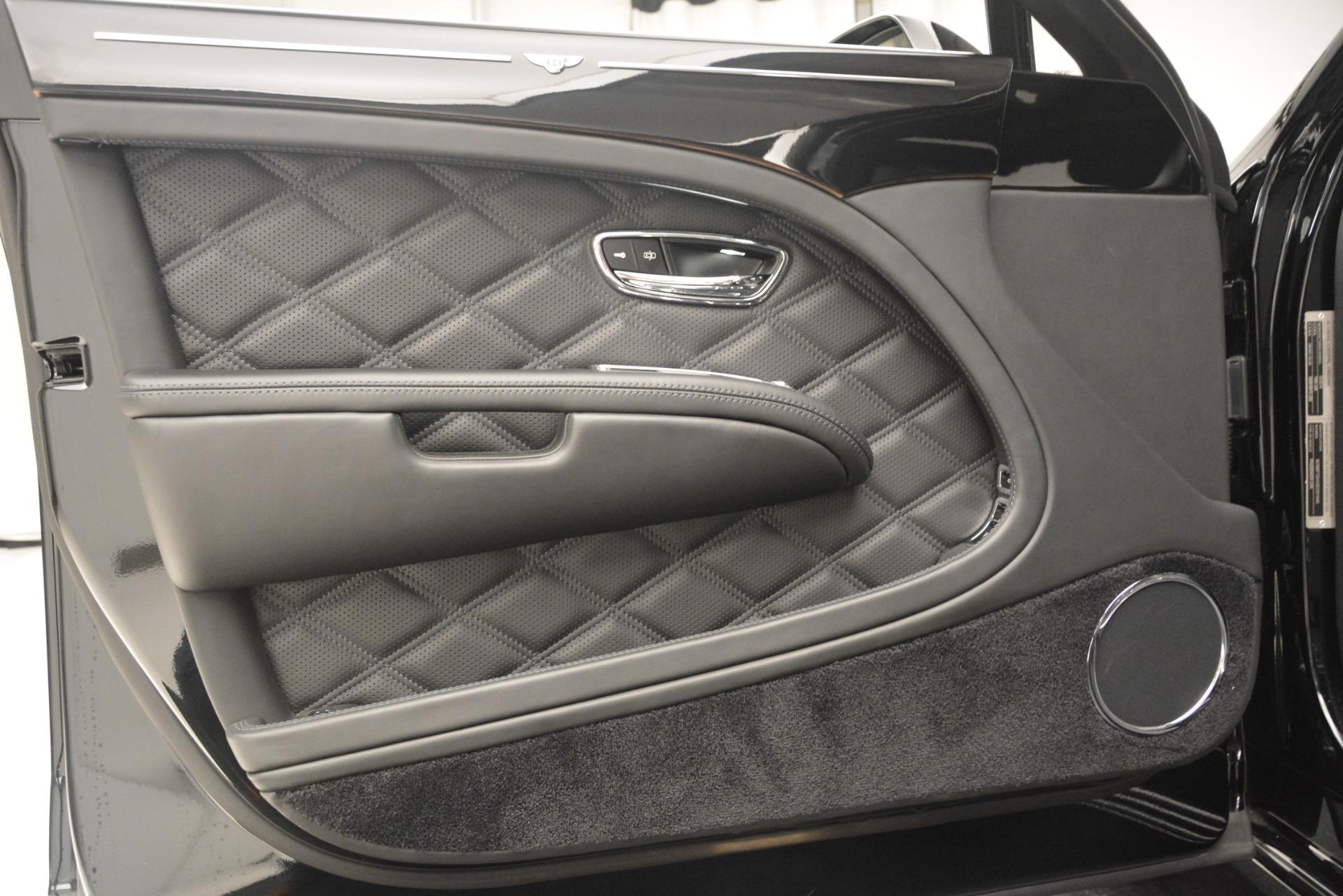 Used 2016 Bentley Mulsanne  For Sale In Westport, CT 3240_p16