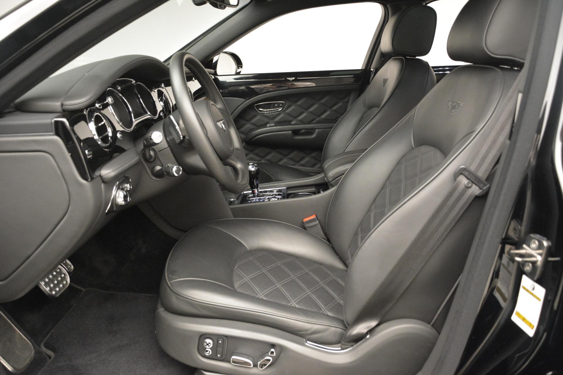 Used 2016 Bentley Mulsanne  For Sale In Westport, CT 3240_p17