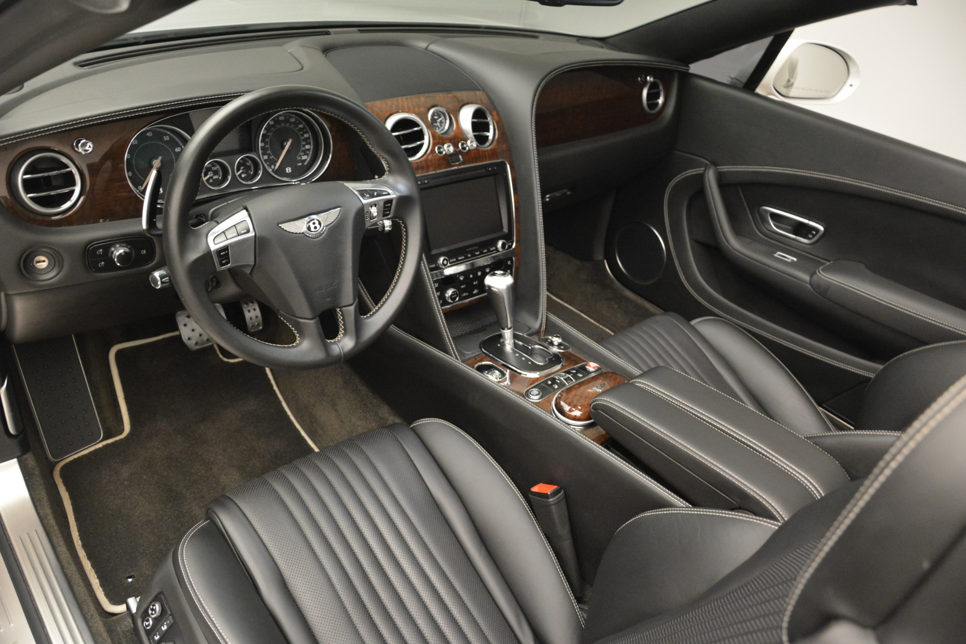 Used 2016 Bentley Continental GT V8 For Sale In Westport, CT 3241_p19