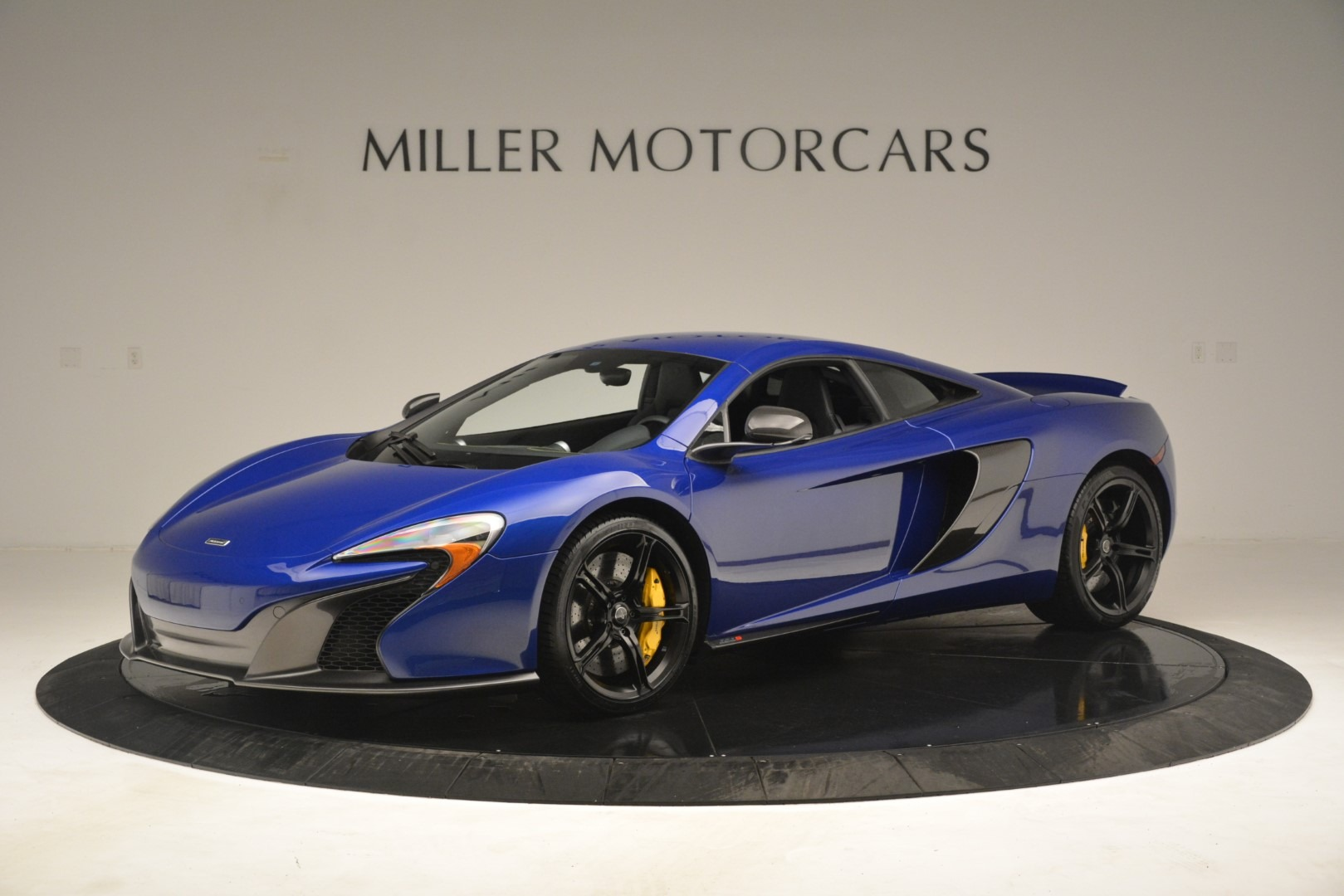 Used 2015 McLaren 650S Coupe For Sale In Westport, CT 3242_main