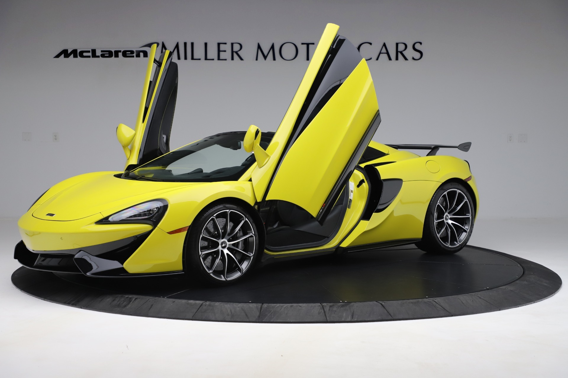 New 2019 McLaren 570S Convertible For Sale In Westport, CT 3253_p18