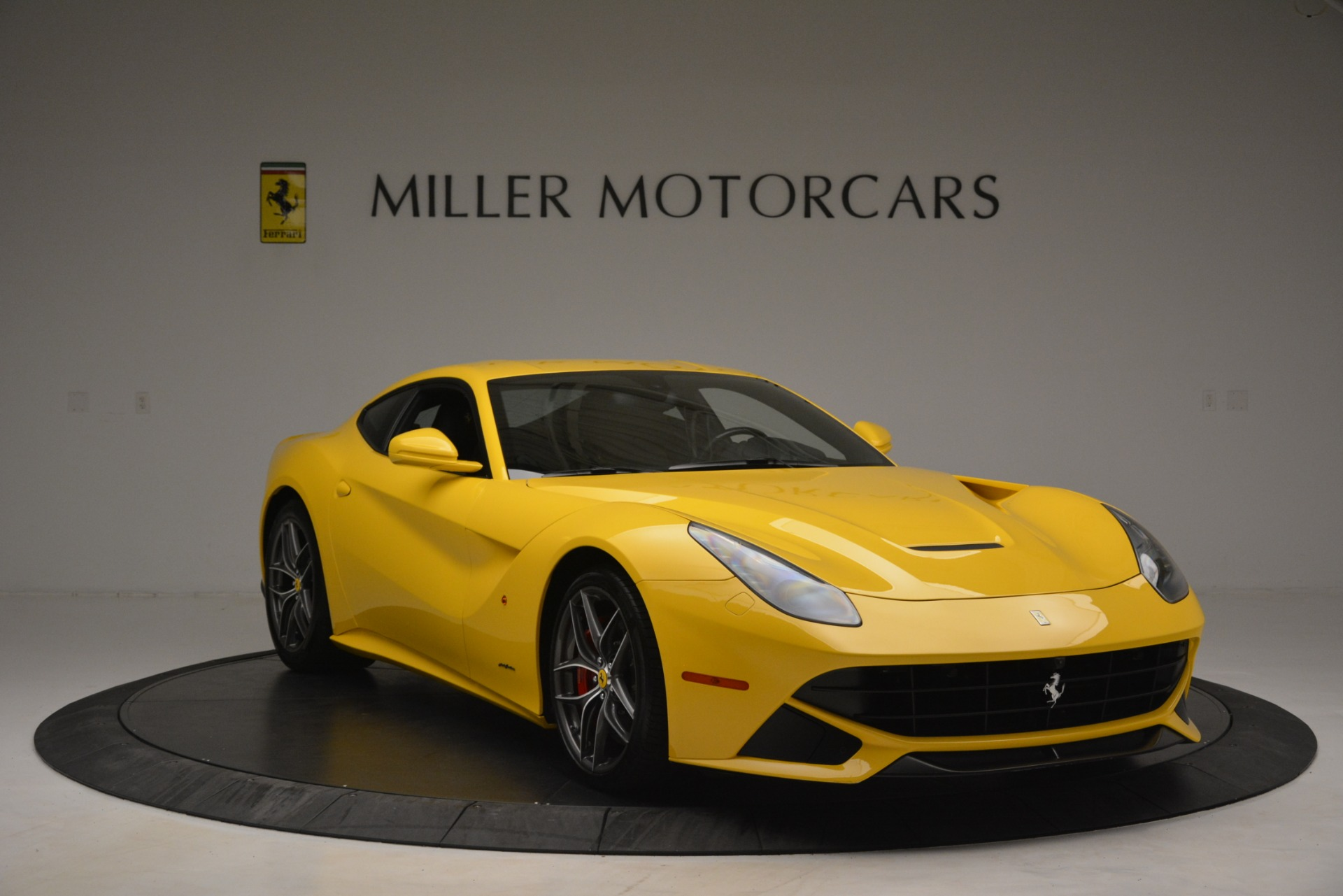 Used 2015 Ferrari F12 Berlinetta  For Sale In Westport, CT 3254_p12