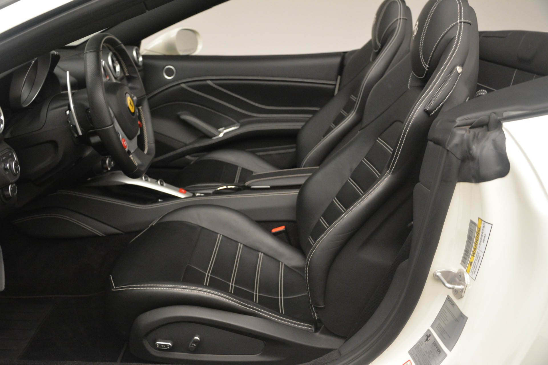 Used 2016 Ferrari California T  For Sale In Westport, CT 3256_p20