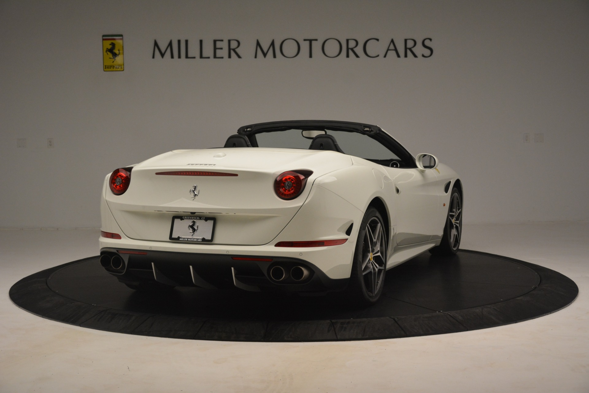 Used 2016 Ferrari California T  For Sale In Westport, CT 3256_p6