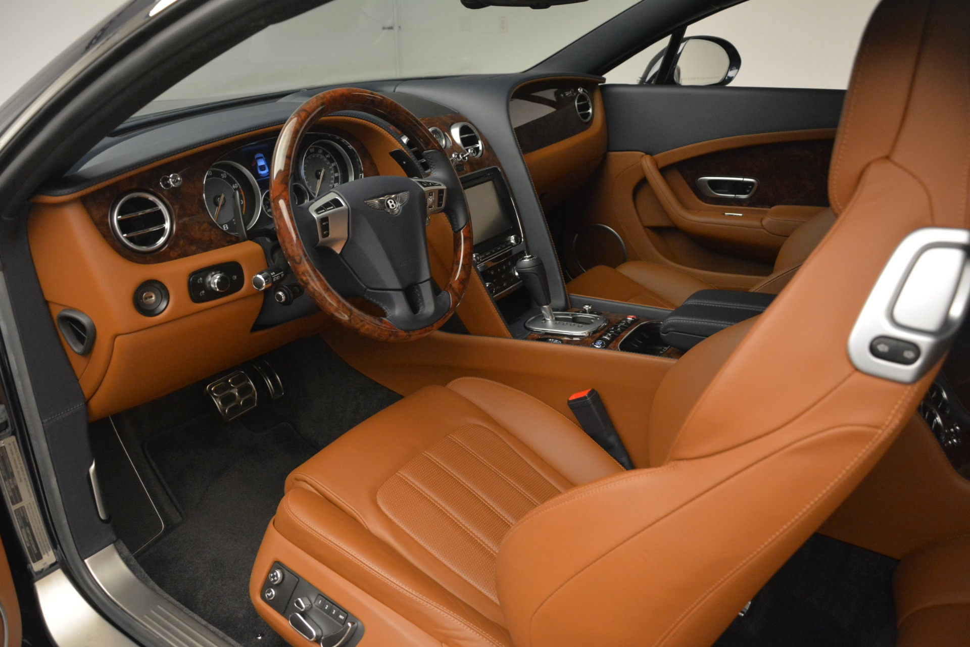 Used 2013 Bentley Continental GT V8 For Sale In Westport, CT 3257_p18