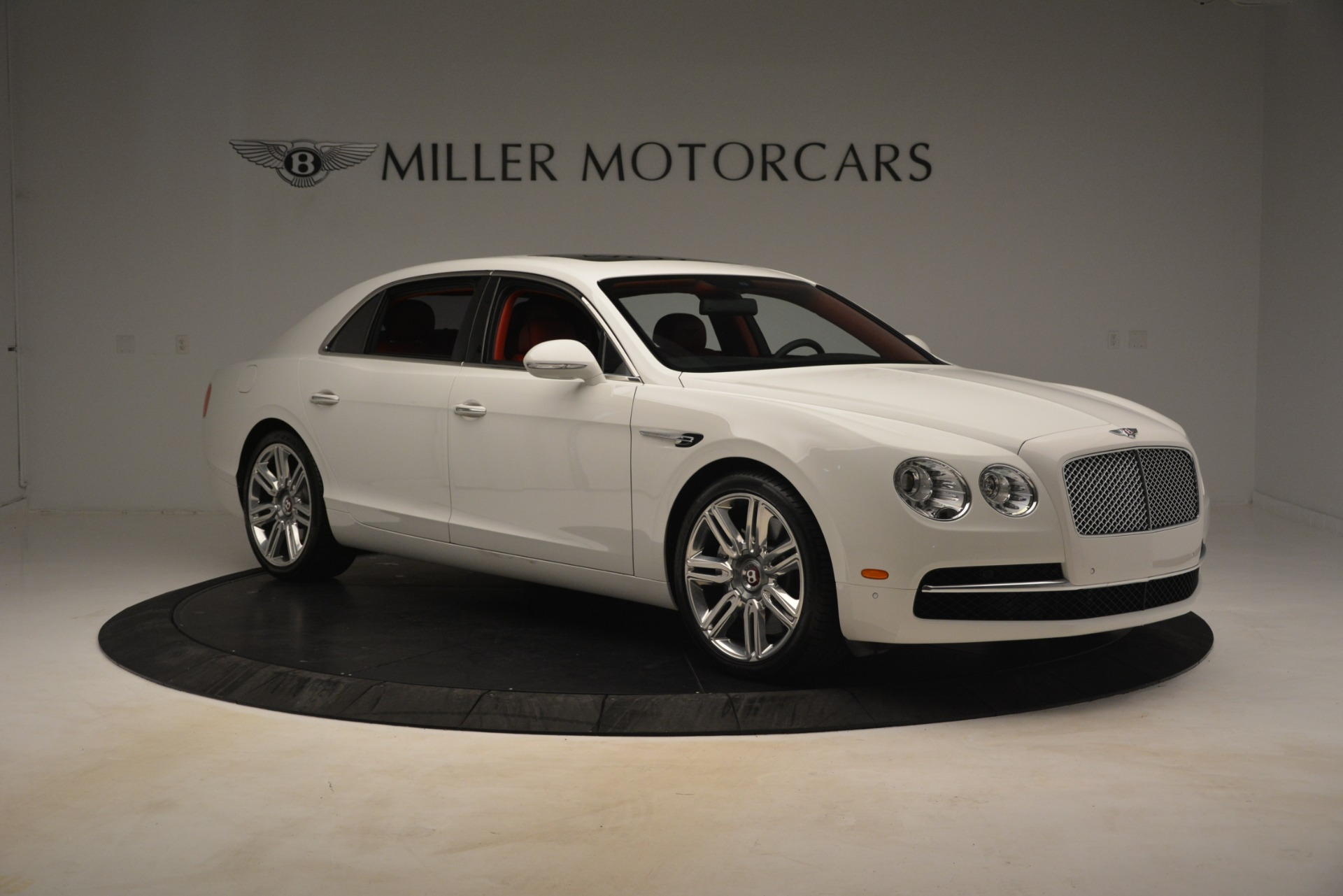 Used 2016 Bentley Flying Spur V8 For Sale In Westport, CT 3265_p11