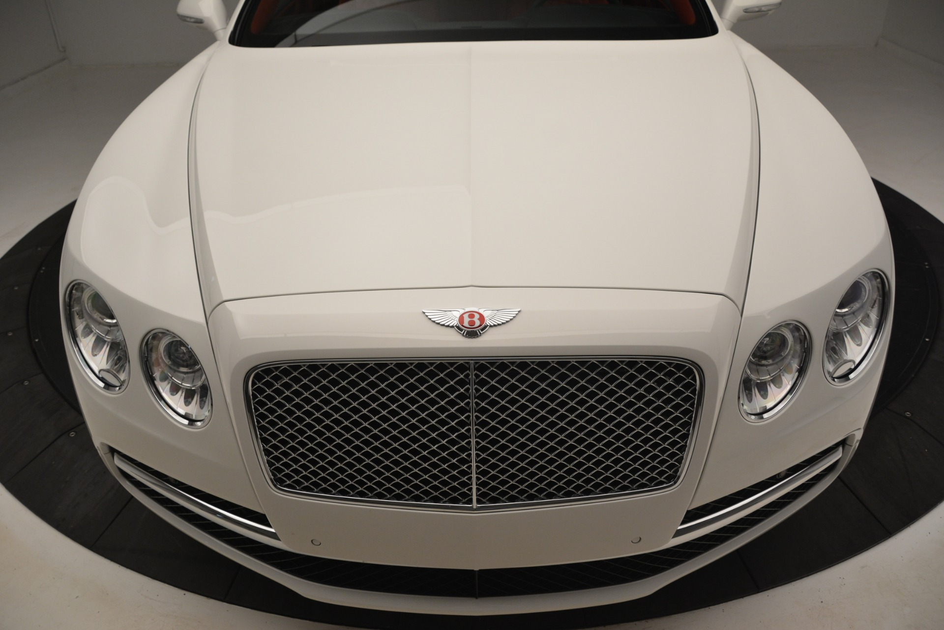 Used 2016 Bentley Flying Spur V8 For Sale In Westport, CT 3265_p13