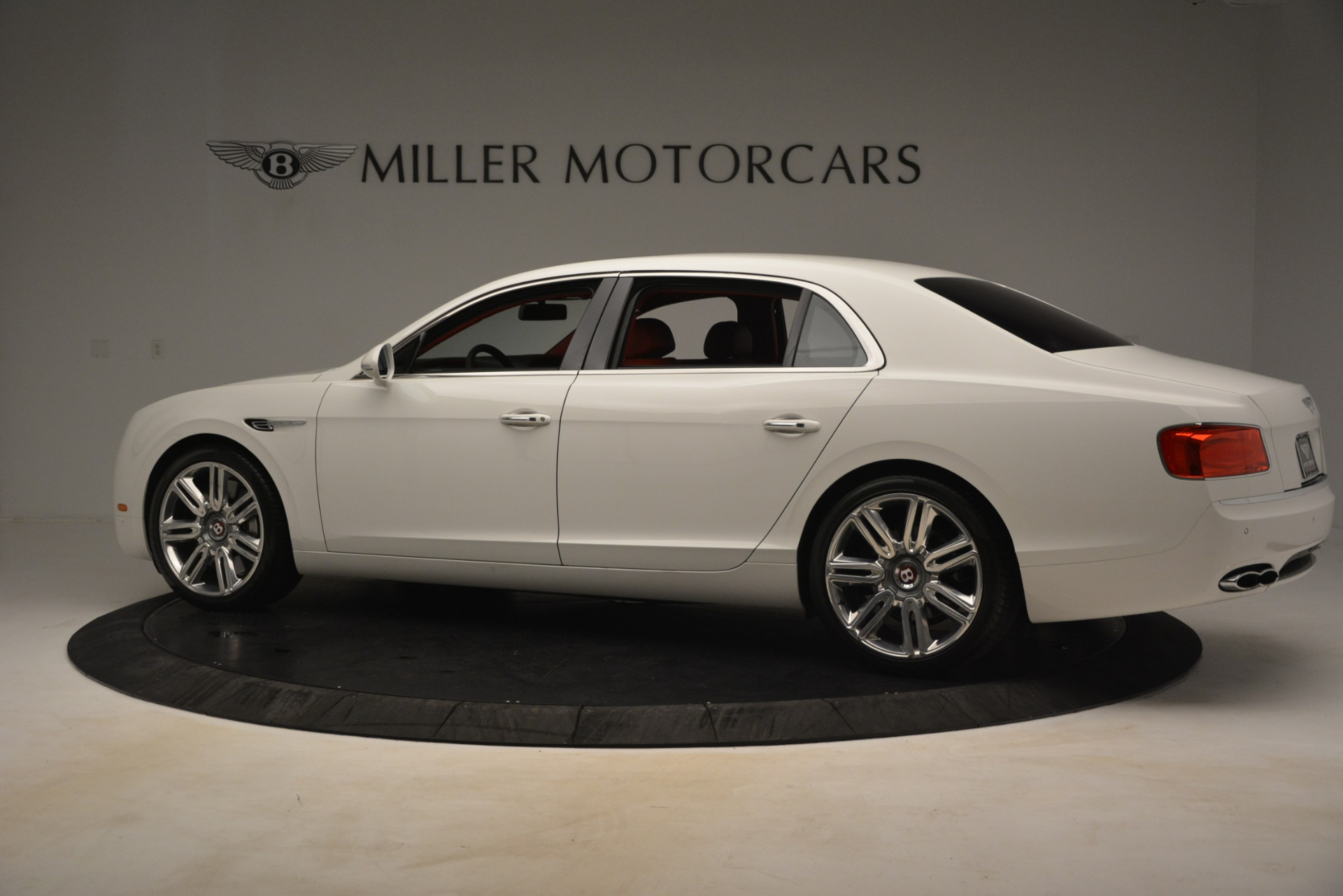 Used 2016 Bentley Flying Spur V8 For Sale In Westport, CT 3265_p4