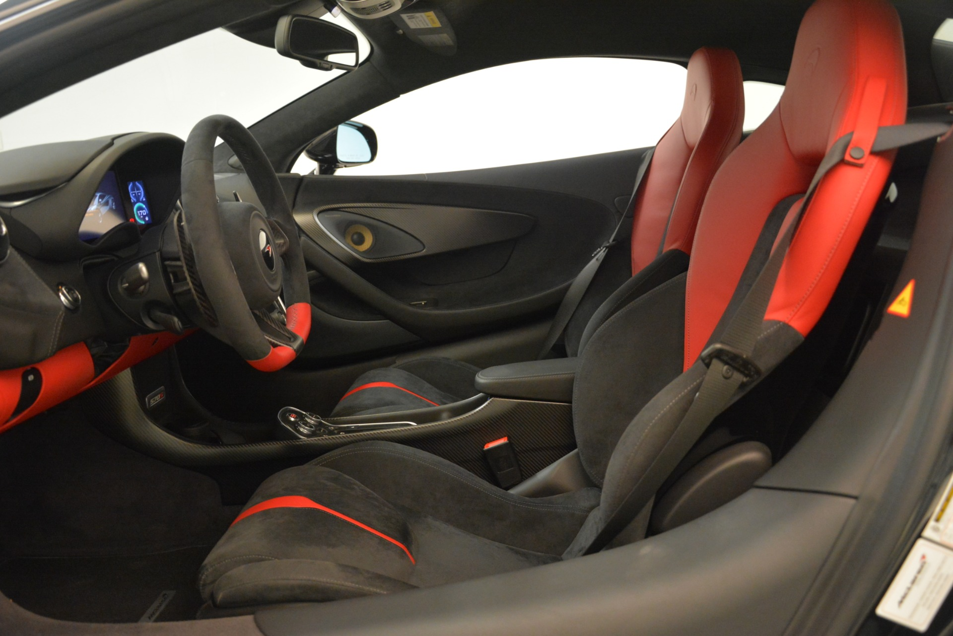 Used 2016 McLaren 570S Coupe For Sale In Westport, CT 3268_p15