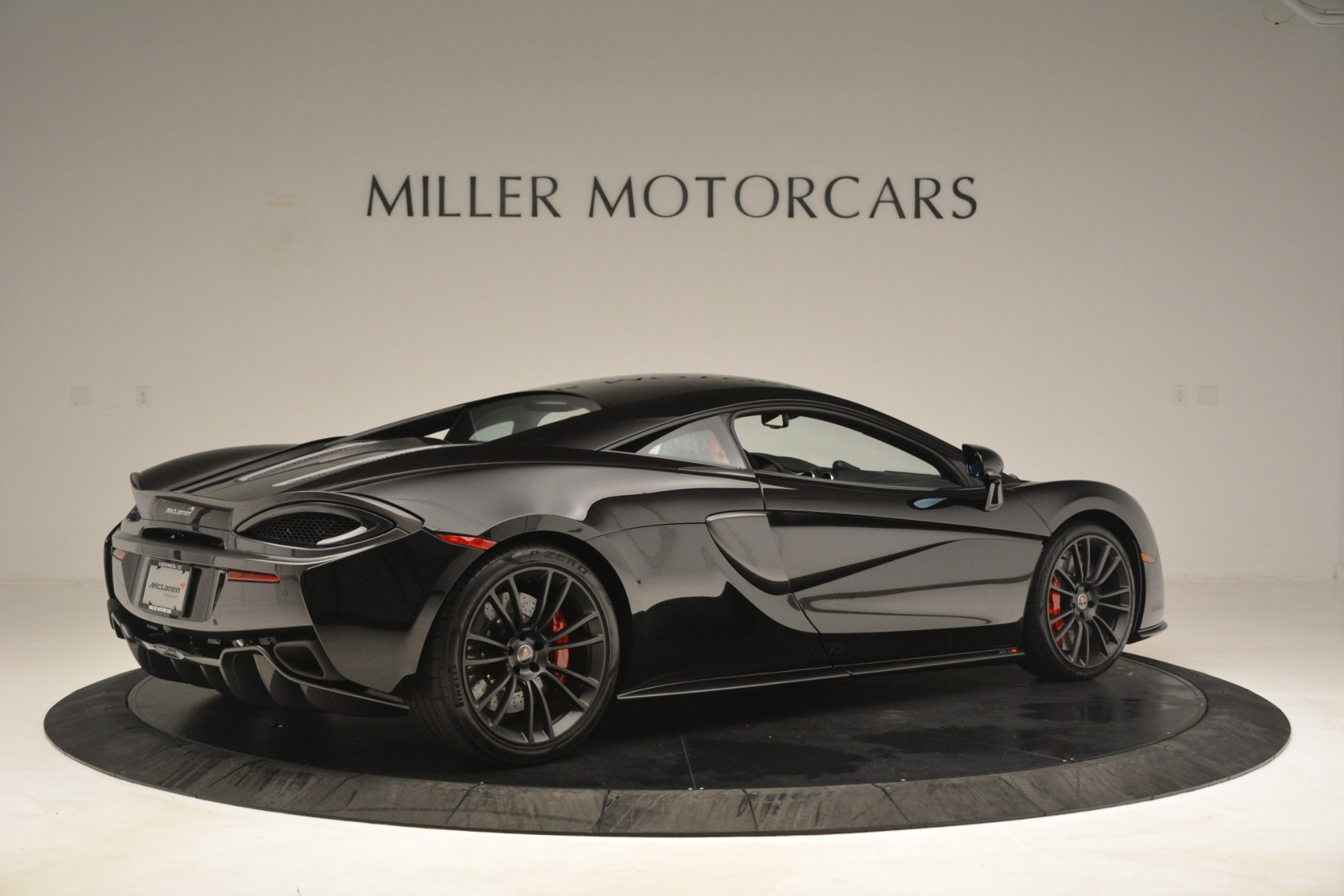 Used 2016 McLaren 570S Coupe For Sale In Westport, CT 3268_p7