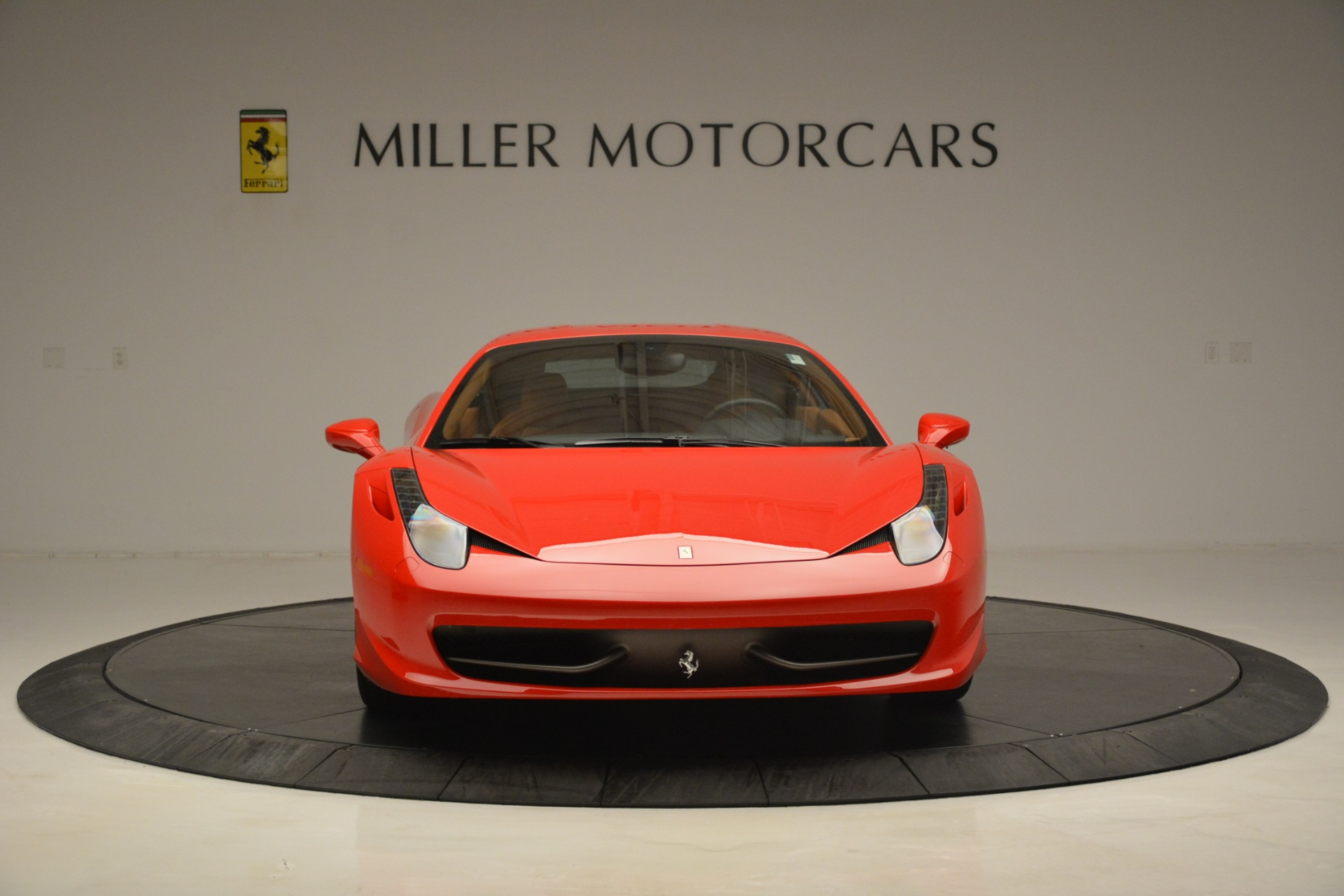 Used 2014 Ferrari 458 Italia  For Sale In Westport, CT 3271_p12