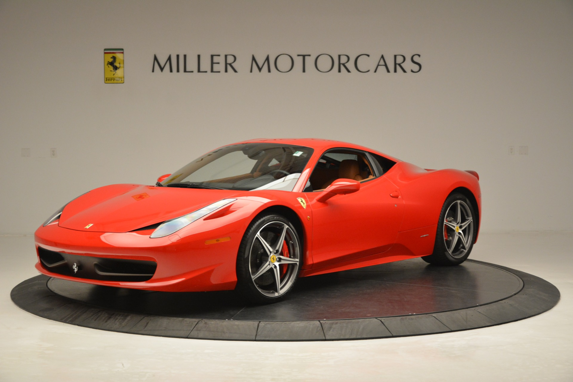 Used 2014 Ferrari 458 Italia  For Sale In Westport, CT 3271_p2