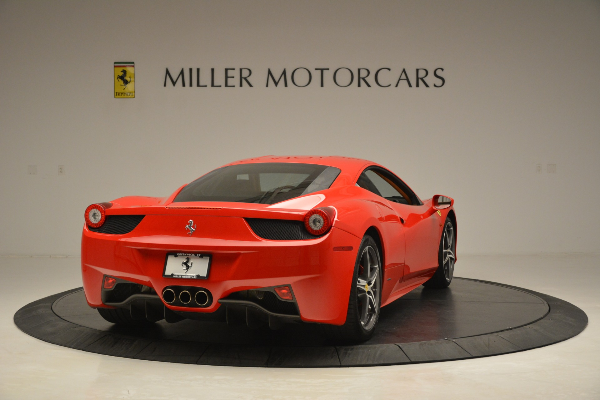 Used 2014 Ferrari 458 Italia  For Sale In Westport, CT 3271_p7