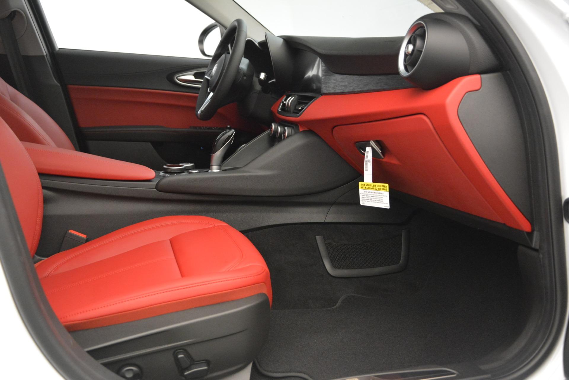 New 2019 Alfa Romeo Giulia Q4 For Sale In Westport, CT 3272_p23
