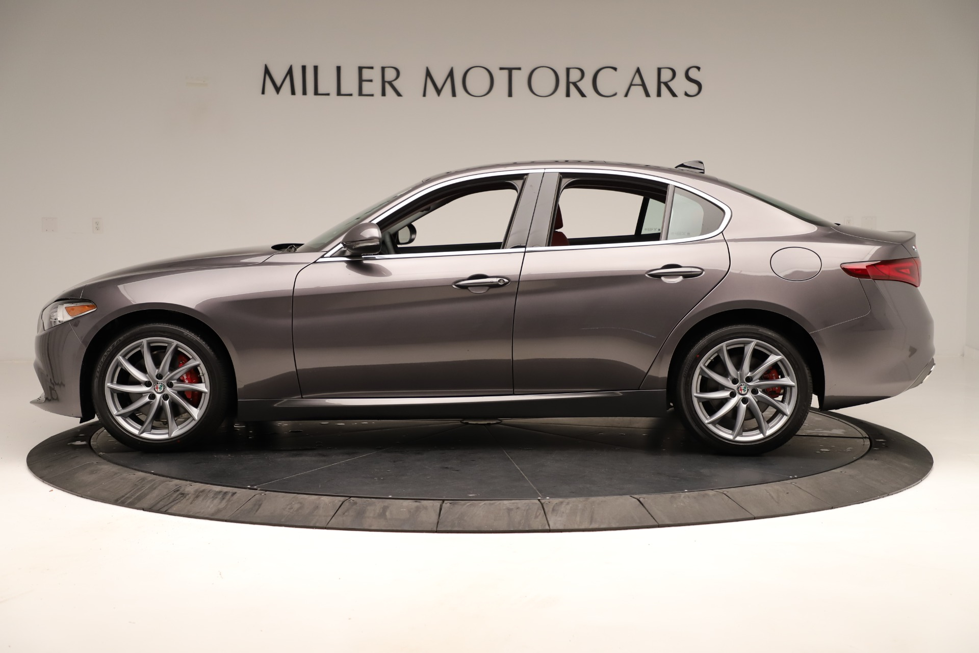 New 2019 Alfa Romeo Giulia Q4 For Sale In Westport, CT 3275_p3