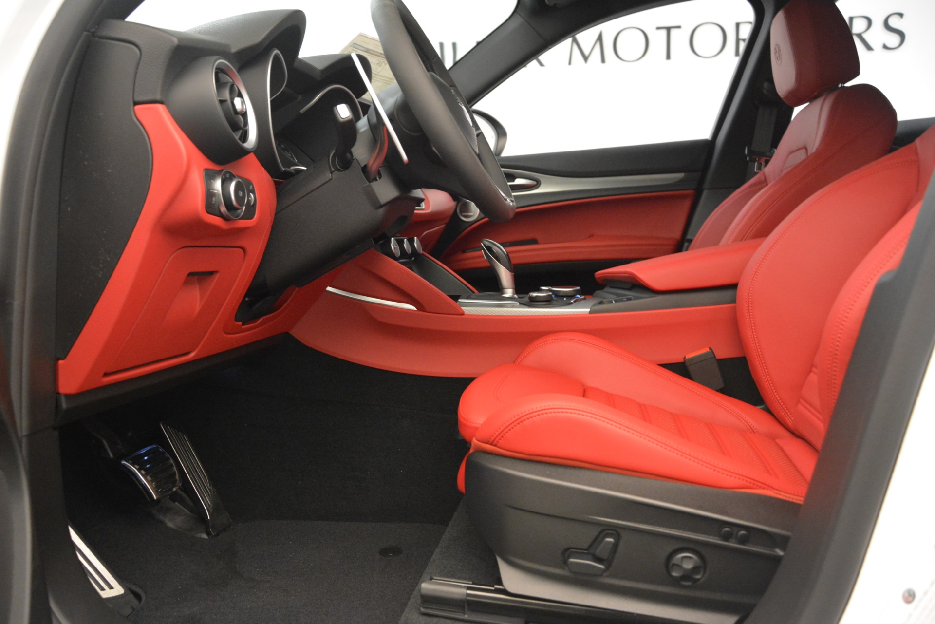 New 2019 Alfa Romeo Stelvio Ti Sport Q4 For Sale In Westport, CT 3285_p14