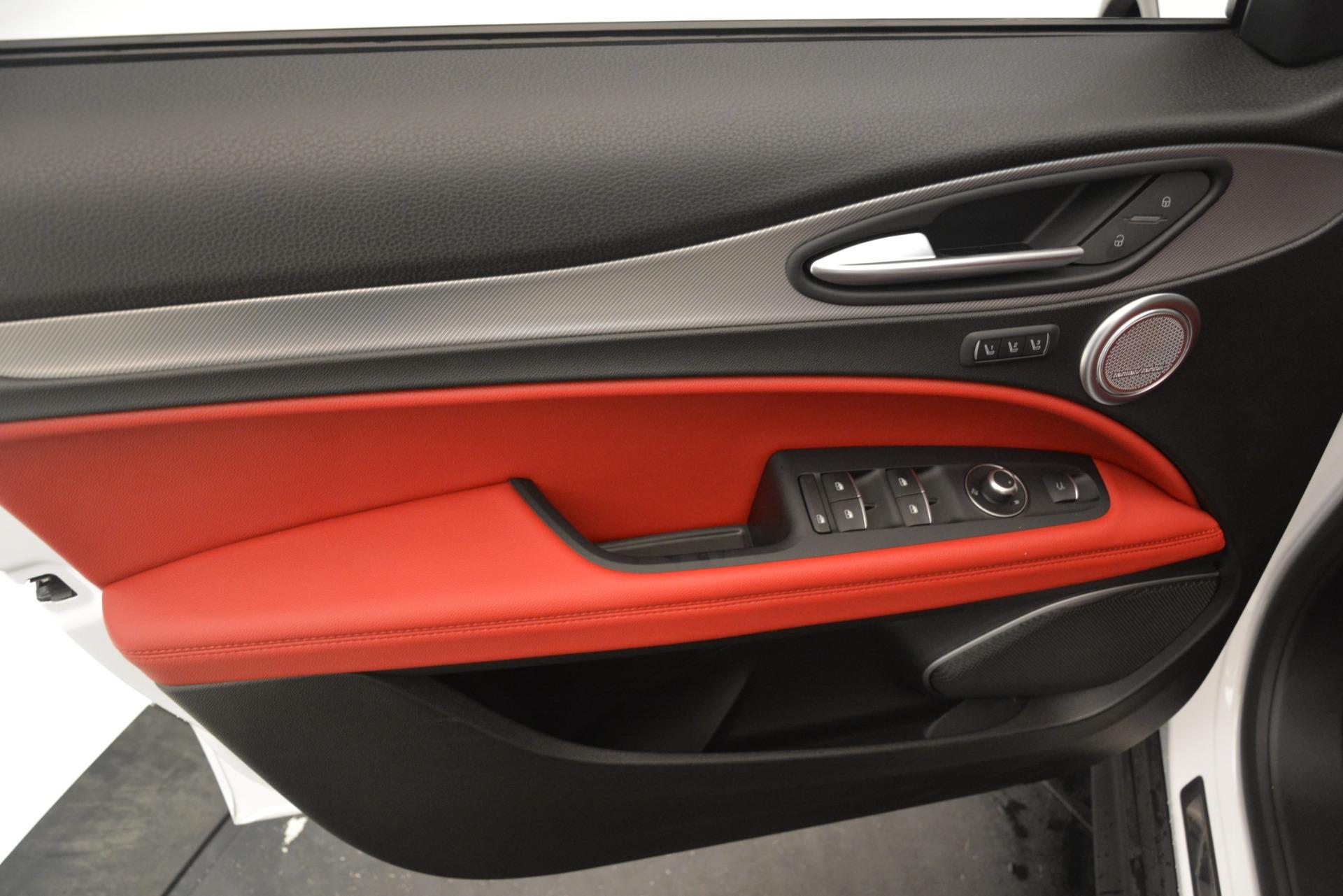 New 2019 Alfa Romeo Stelvio Ti Sport Q4 For Sale In Westport, CT 3285_p17