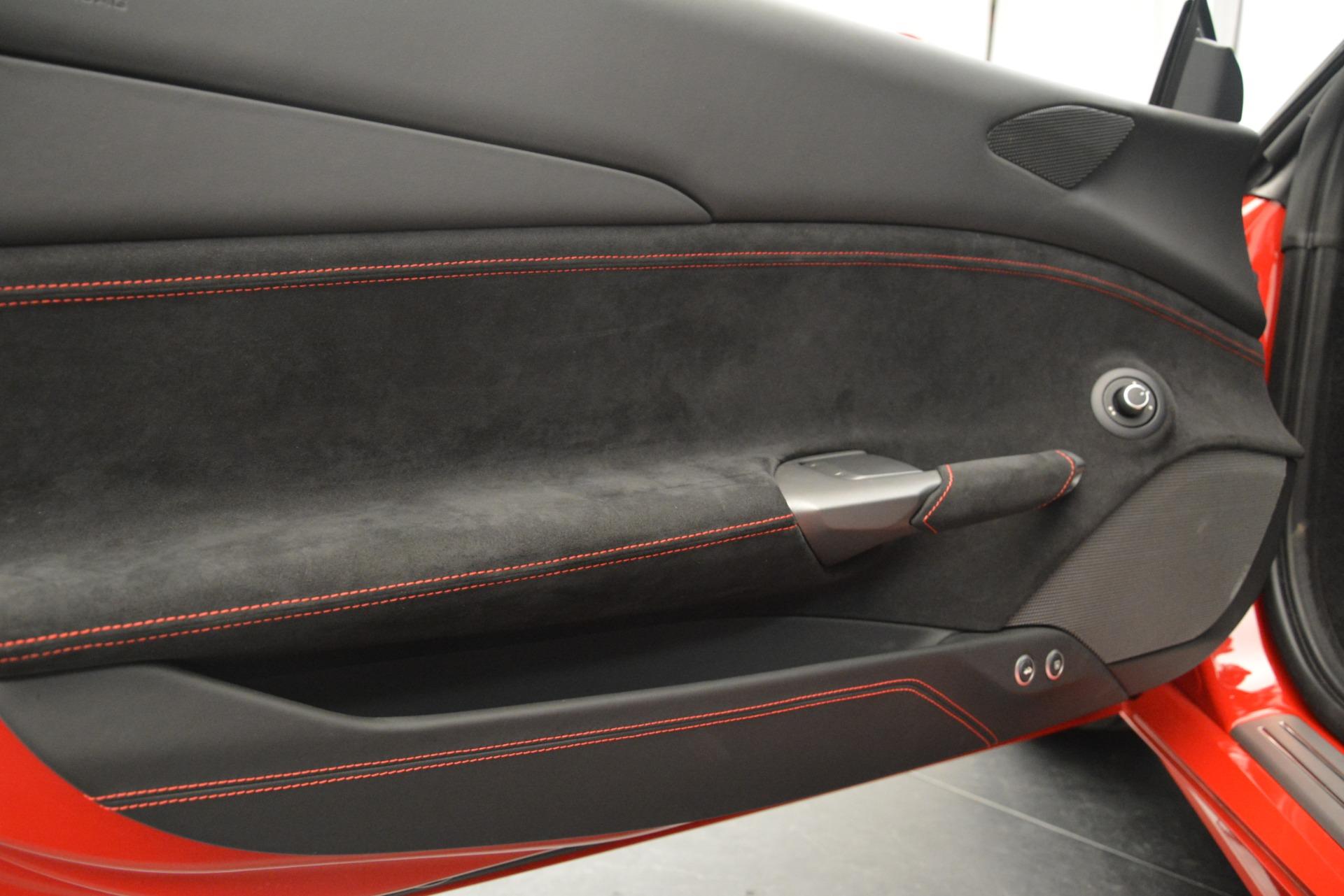 Used 2018 Ferrari 488 GTB  For Sale In Westport, CT 3288_p16